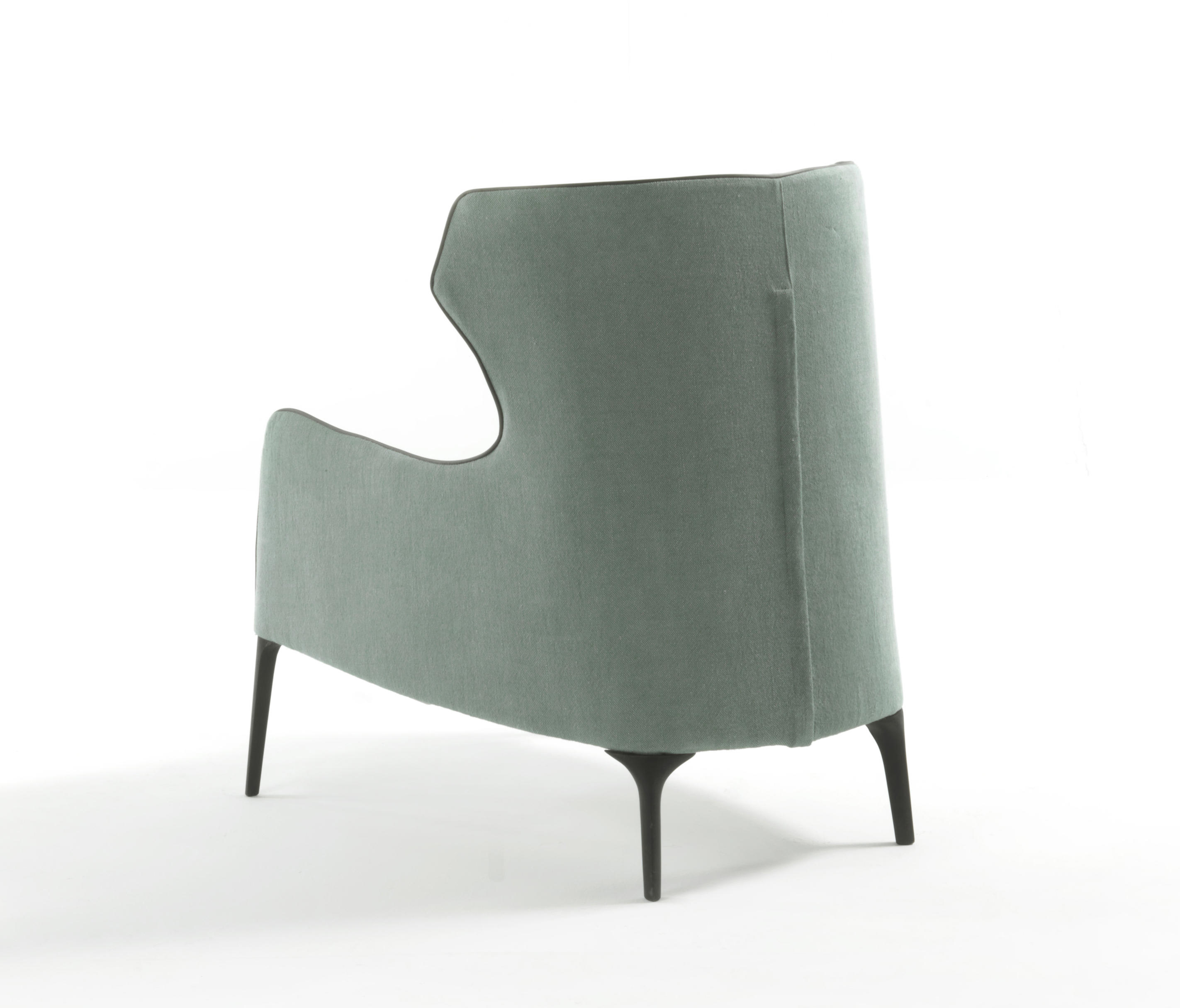 Superbe ... CROSBY BERGÈRE By Frigerio | Armchairs ...