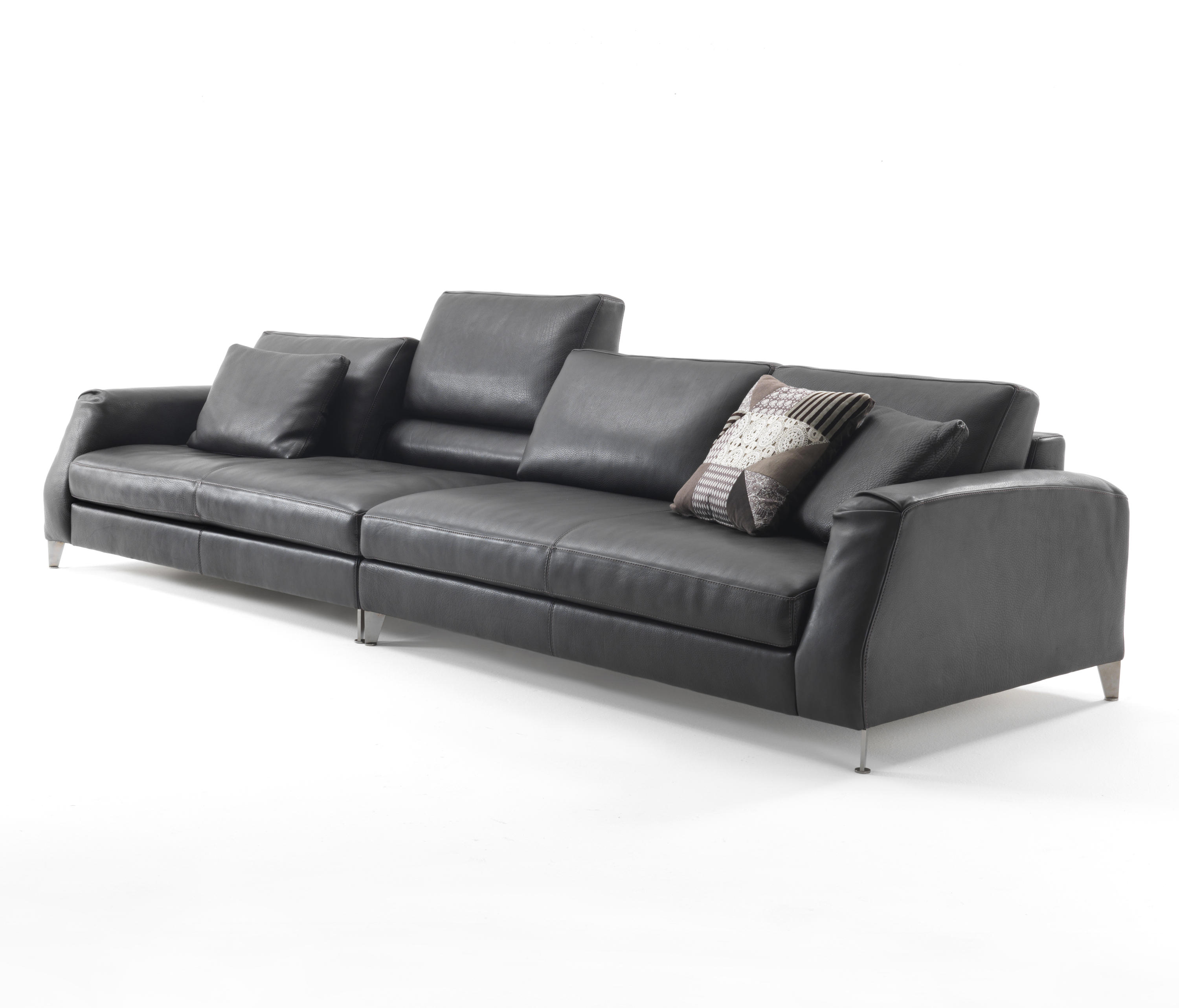Excellent Davis Class Sofas From Frigerio Architonic Gmtry Best Dining Table And Chair Ideas Images Gmtryco