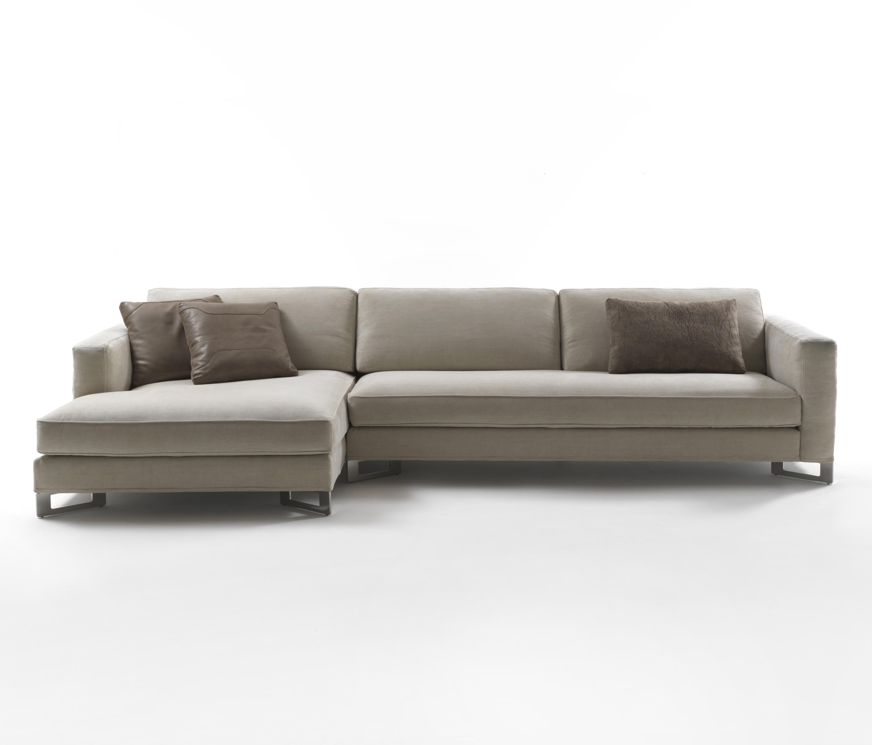 Awesome Davis Out Sofas From Frigerio Architonic Gmtry Best Dining Table And Chair Ideas Images Gmtryco
