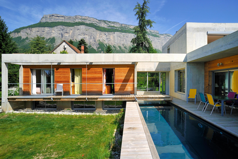 piscine d 39 architecte piscines de piscines carr bleu. Black Bedroom Furniture Sets. Home Design Ideas