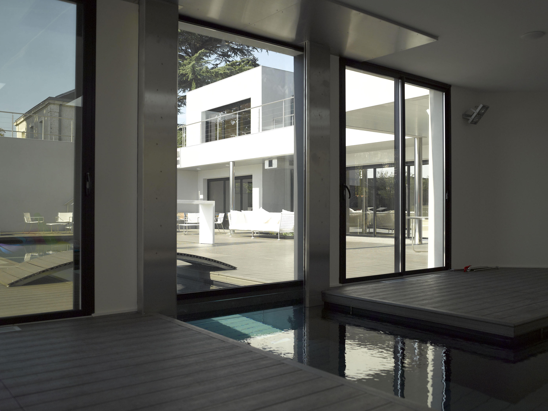 INDOOR-OUTDOOR POOL - Swimming pools from Piscines Carré Bleu ...