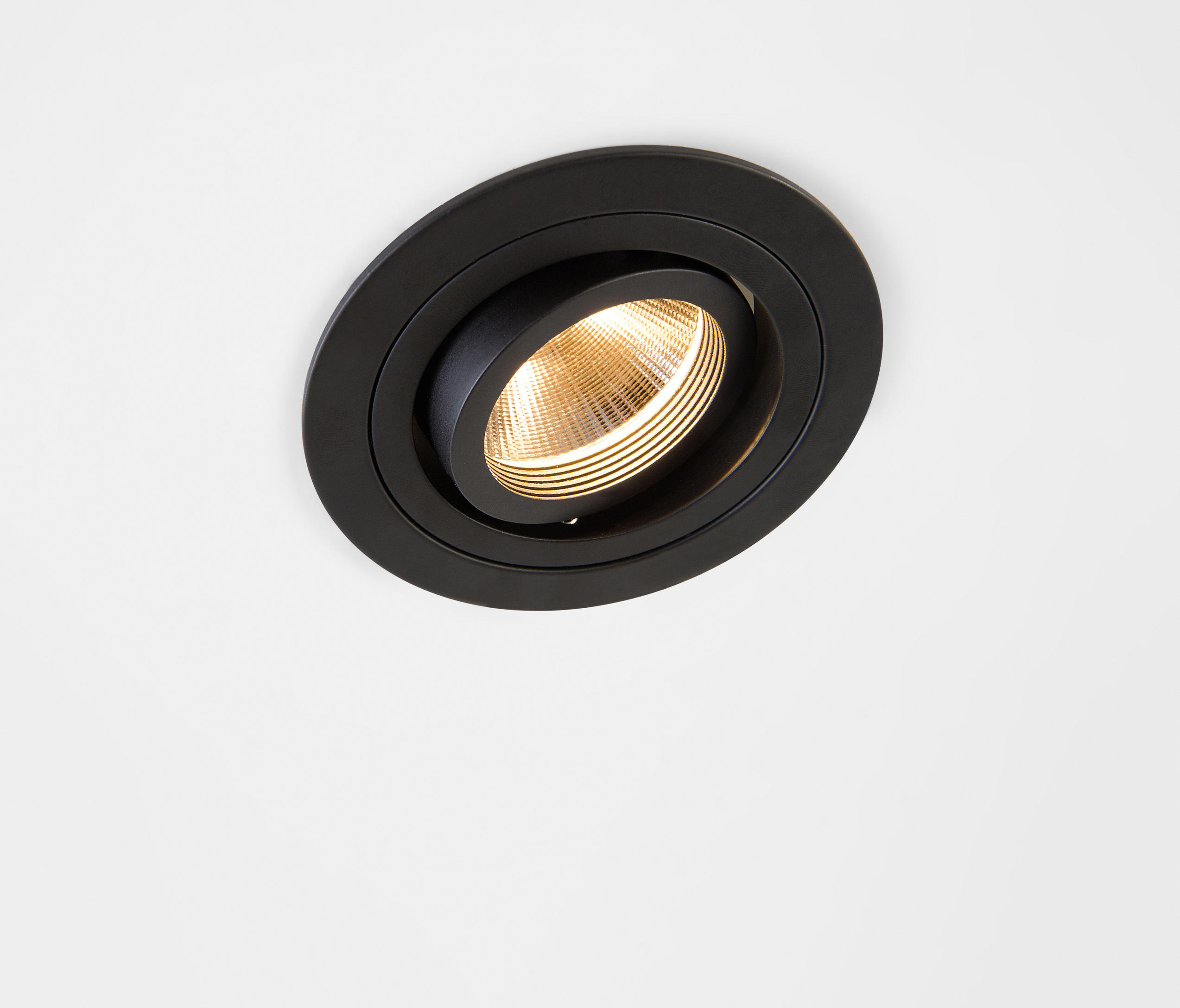 k 1 89 led rg spotlights from modular lighting. Black Bedroom Furniture Sets. Home Design Ideas