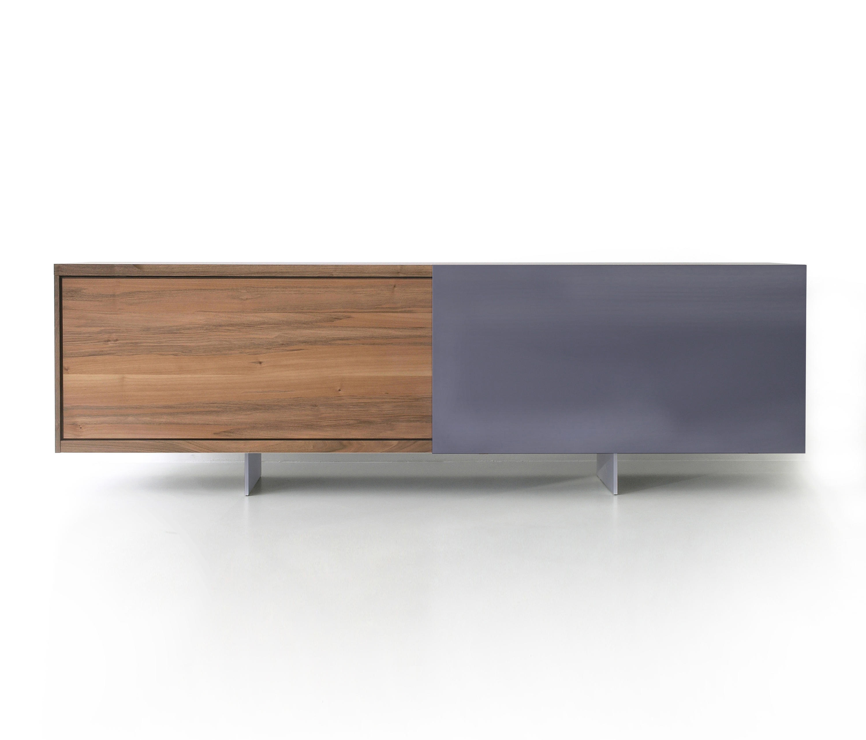 ign b2 sideboard sideboards kommoden von ign. Black Bedroom Furniture Sets. Home Design Ideas