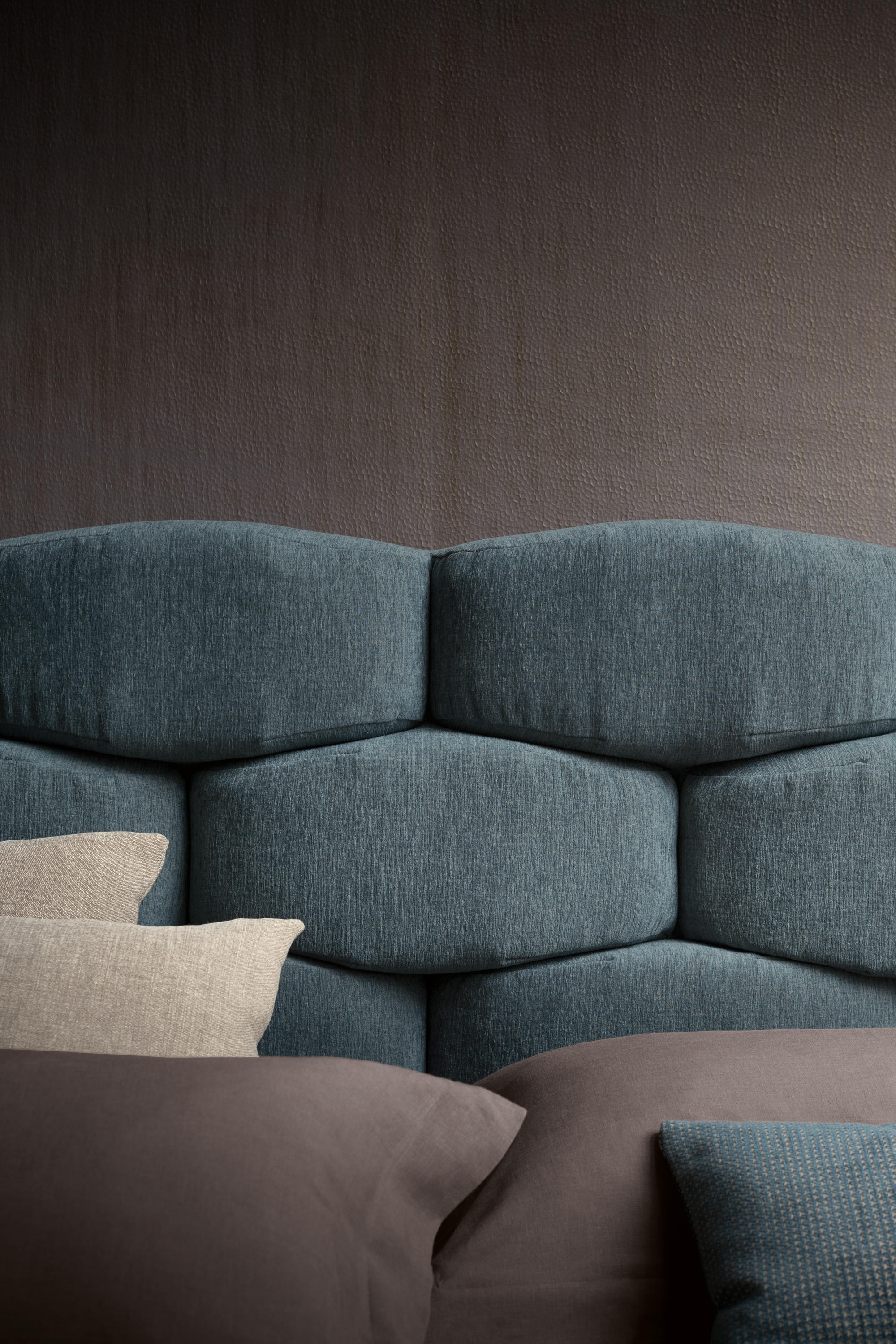 MAJAL BED - Beds from Flou | Architonic