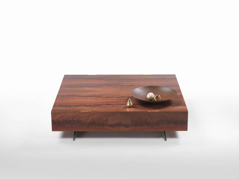 PIUMA Lounge tables from Flexform