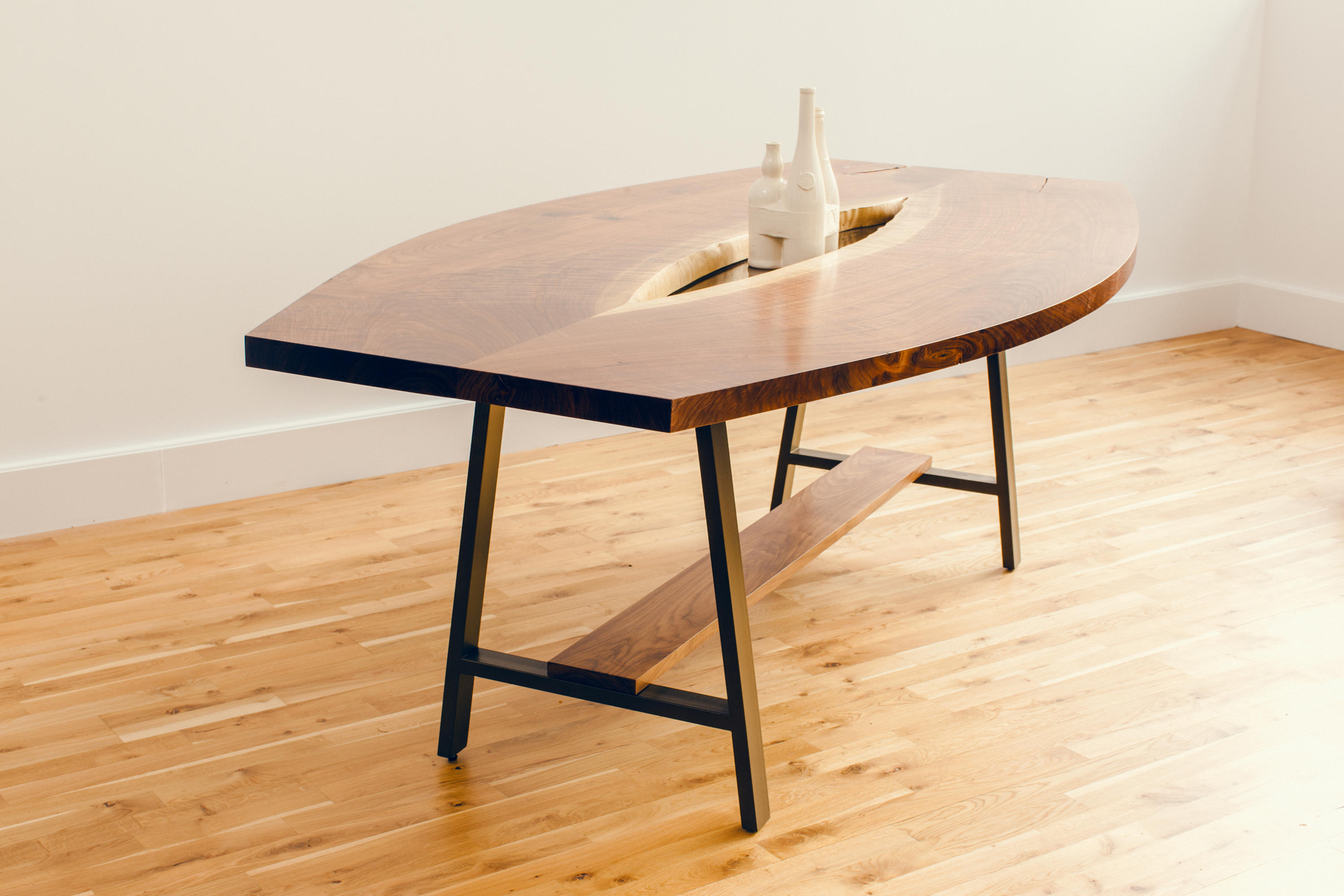 inverted live edge table dining tables from david gaynor. Black Bedroom Furniture Sets. Home Design Ideas