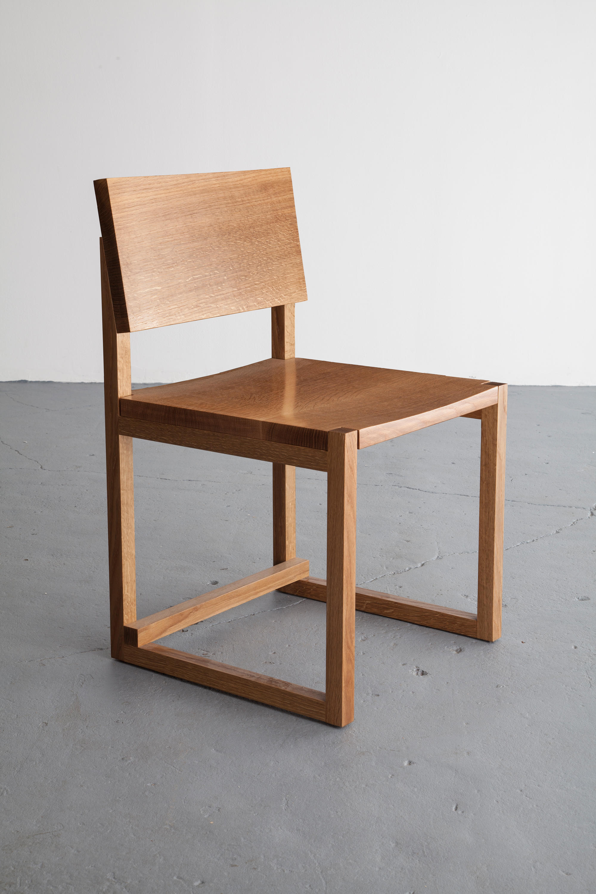 SQ1 DINING CHAIR Restaurant chairs from David Gaynor Design