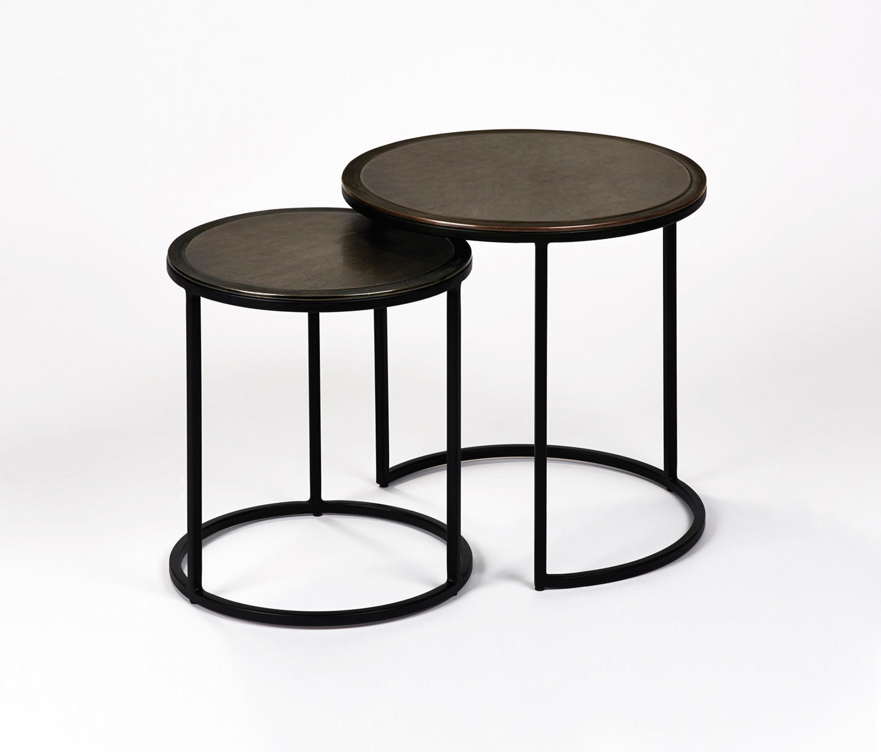 taku beistelltisch 2er satz satztische von lambert. Black Bedroom Furniture Sets. Home Design Ideas