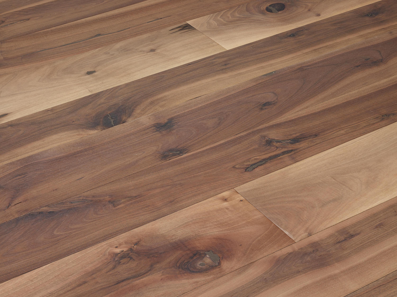 Fior di nodo pavimenti in legno fiemme 3000 architonic for Pavimenti di 3000 piedi quadrati