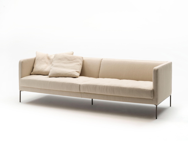 Easy lipp sofas from living divani architonic for Made divani