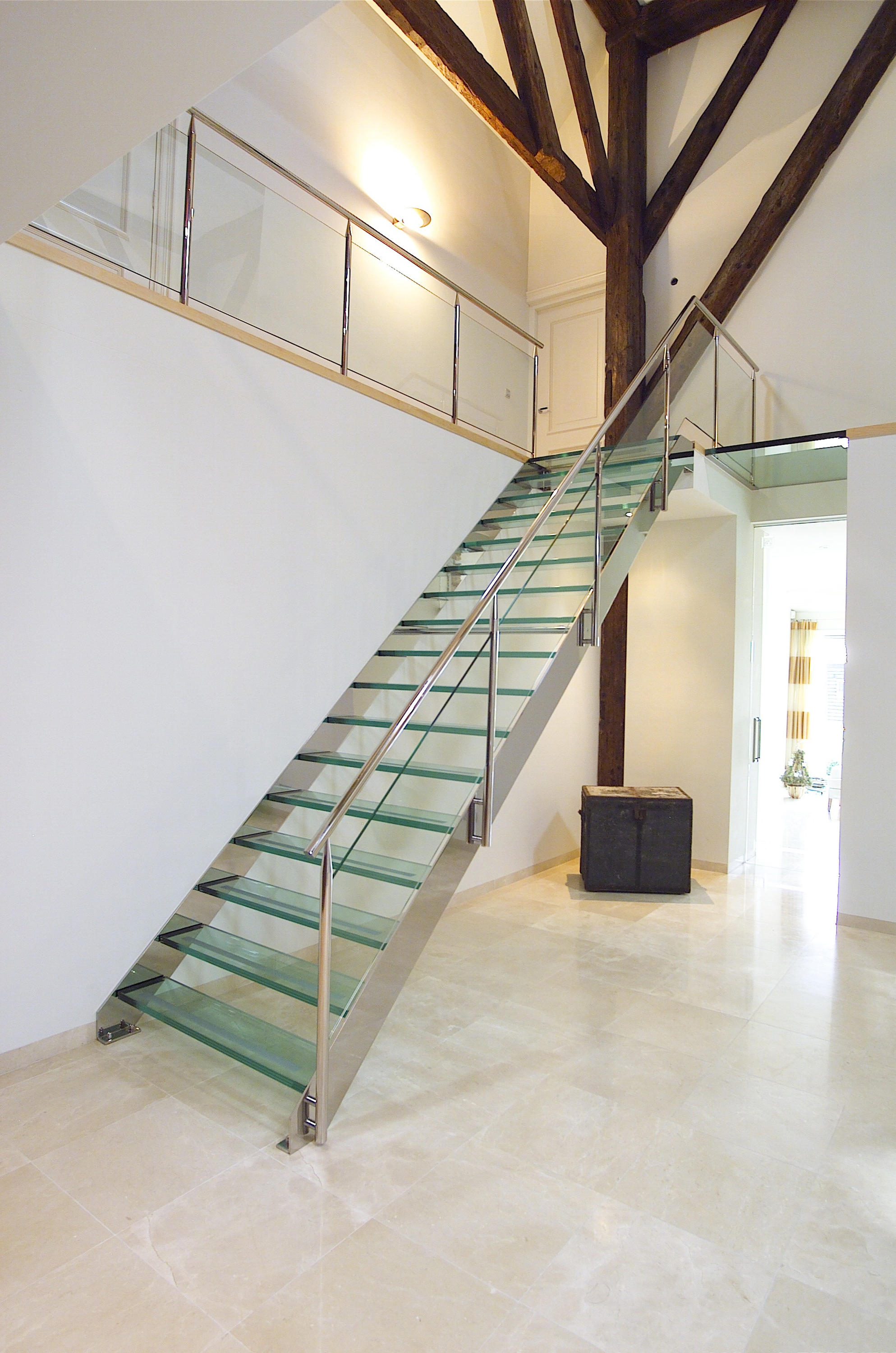 Straight Stairs Glass Tre 073 Glass Stairs From Eestairs