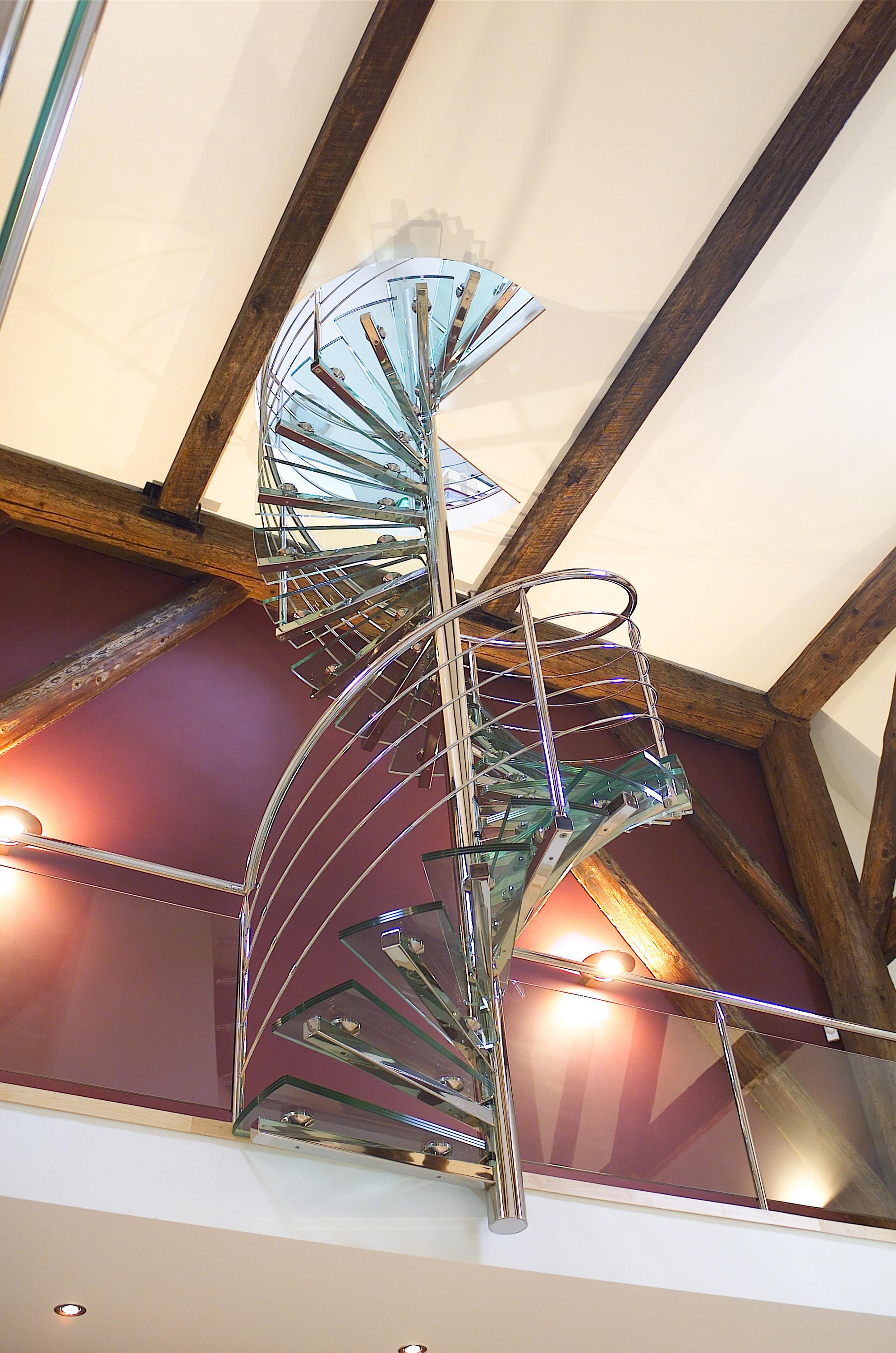 Spiral Stairs Glass TSE 066 | Glass Stairs | EeStairs