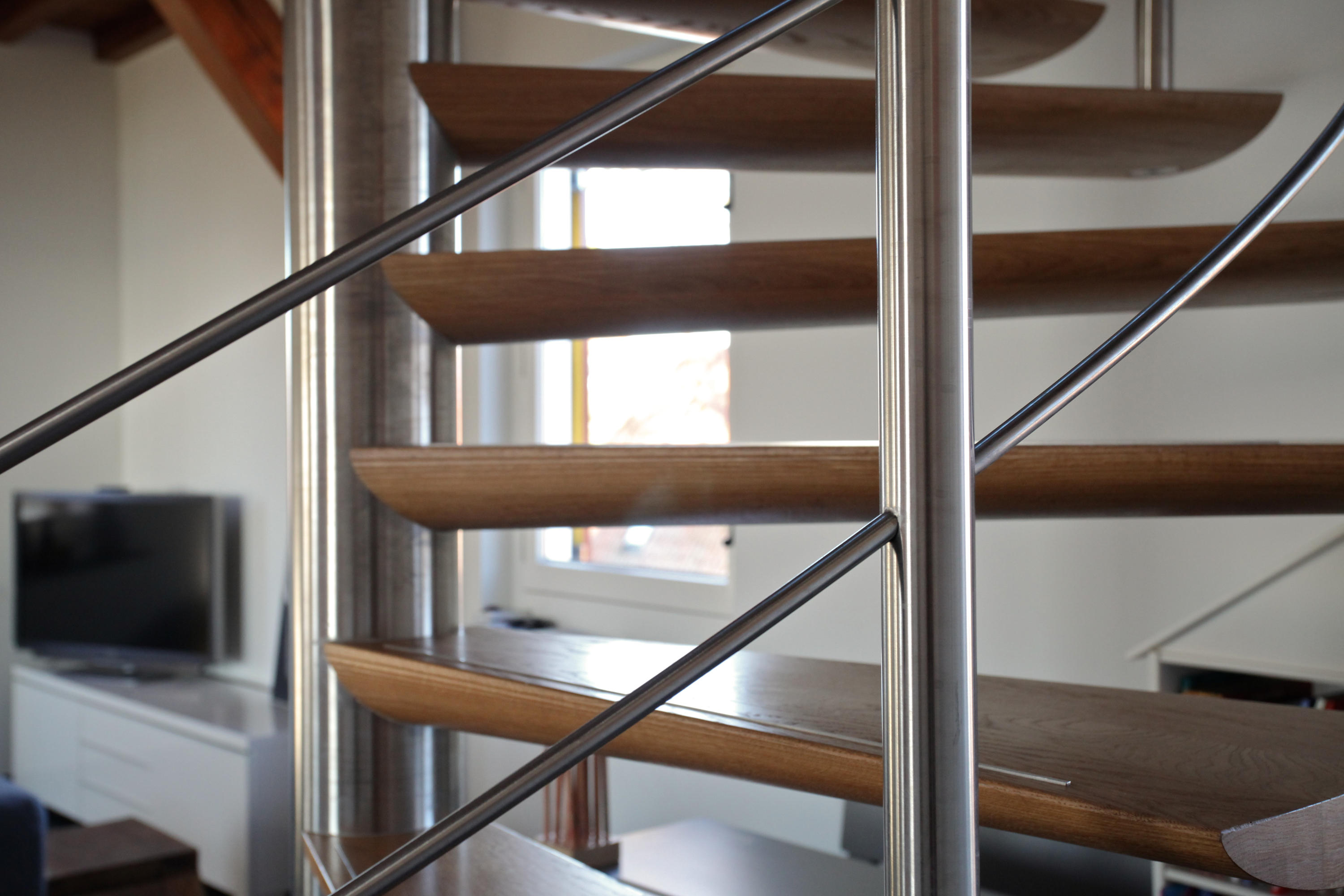 ... Moon Stairs | Spiral Stairs Wood TSE 600 By EeStairs | Wood Stairs ...