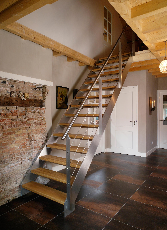 Straight stairs wood tre 304 glastreppen von eestairs - Escaleras para sotanos ...
