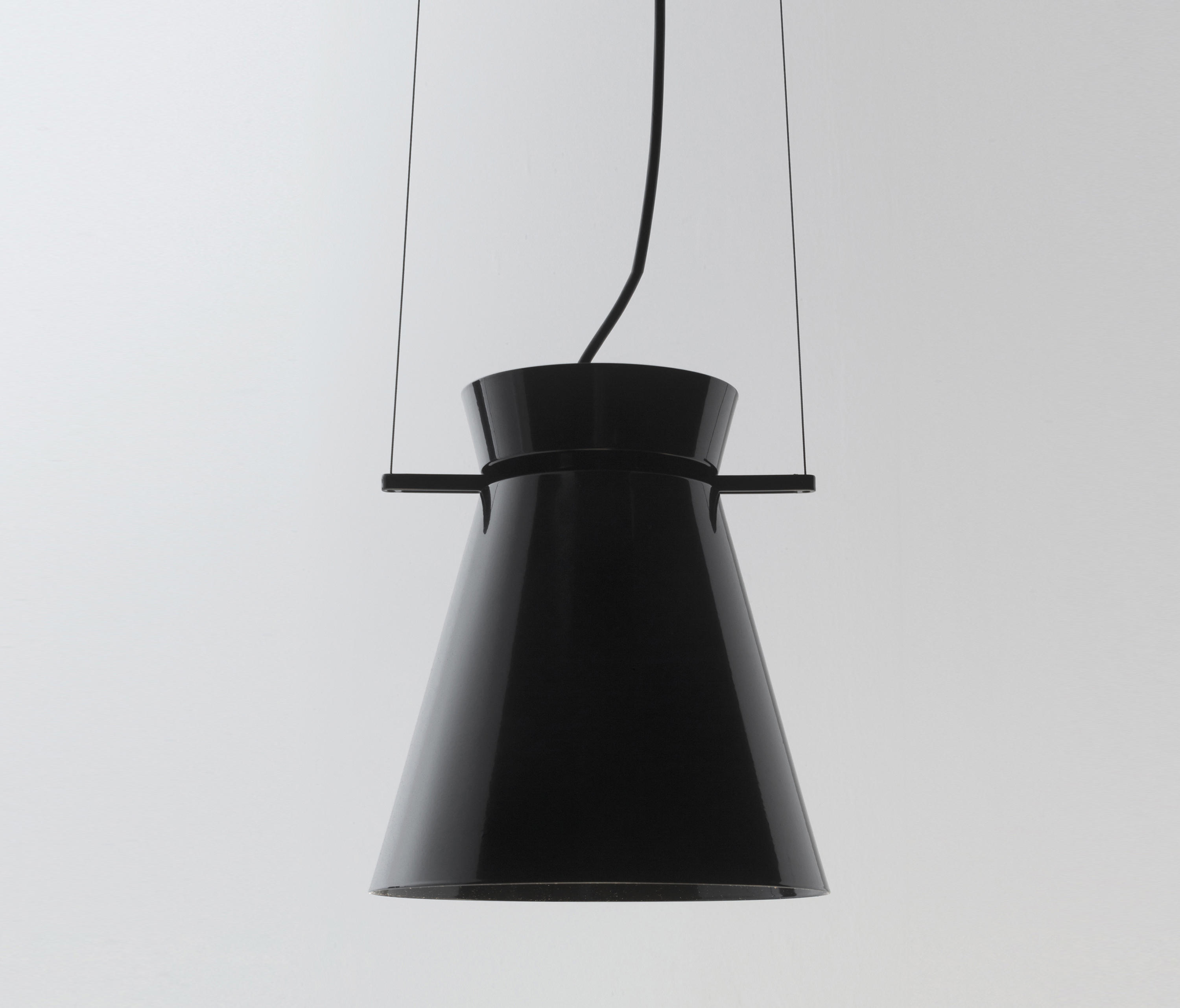 missy grande suspension general lighting from aqlus. Black Bedroom Furniture Sets. Home Design Ideas