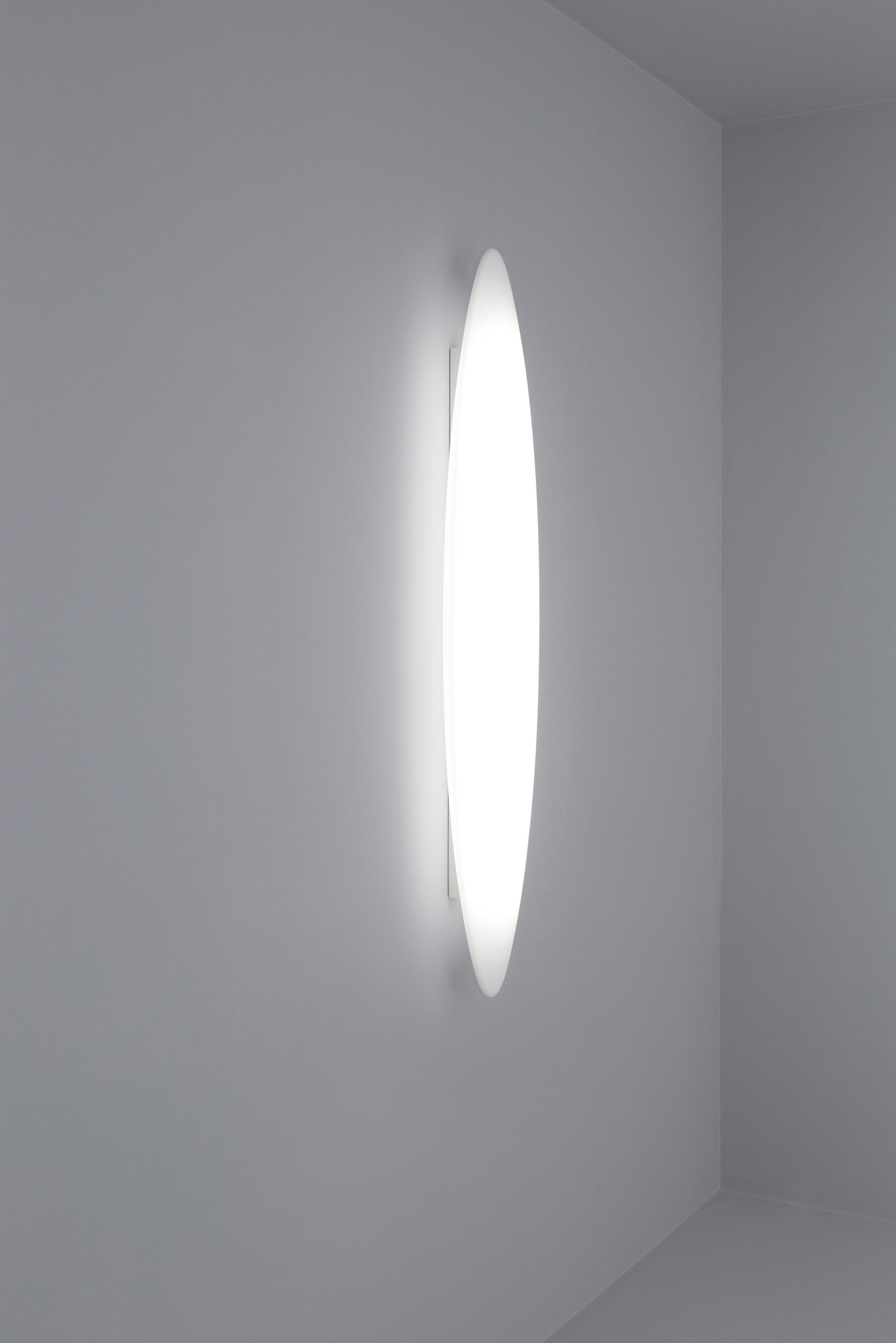 Sharp Pro Wall/ceiling By Aqlus | Wall Lights ...