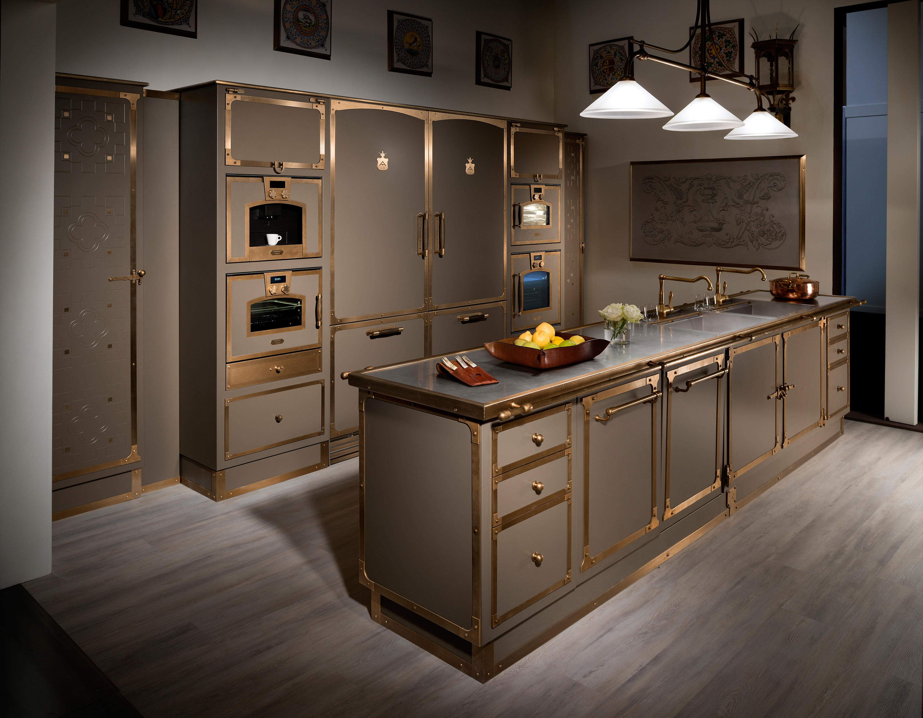 GREY BEIGE TOUCH KITCHEN Fitted Kitchens From Officine Gullo - Grey fitted kitchens