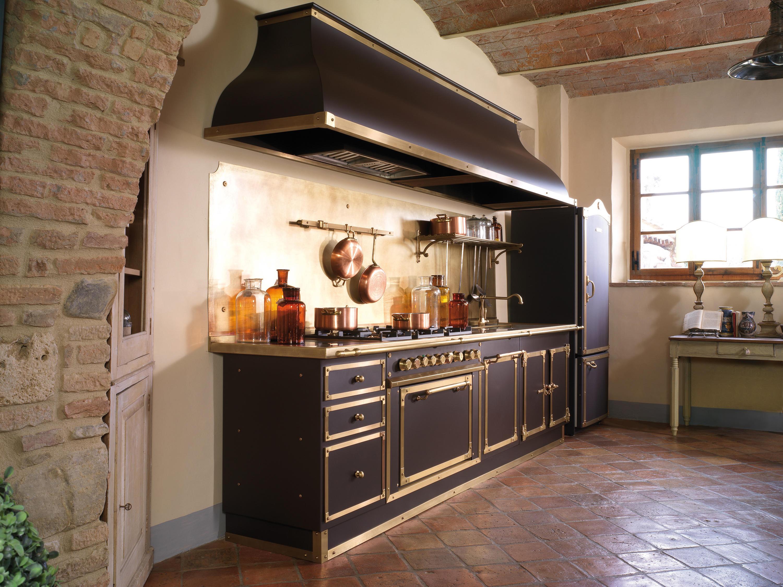 Artimino palace cucine cucine a parete officine gullo architonic - Officine gullo cucine prezzi ...