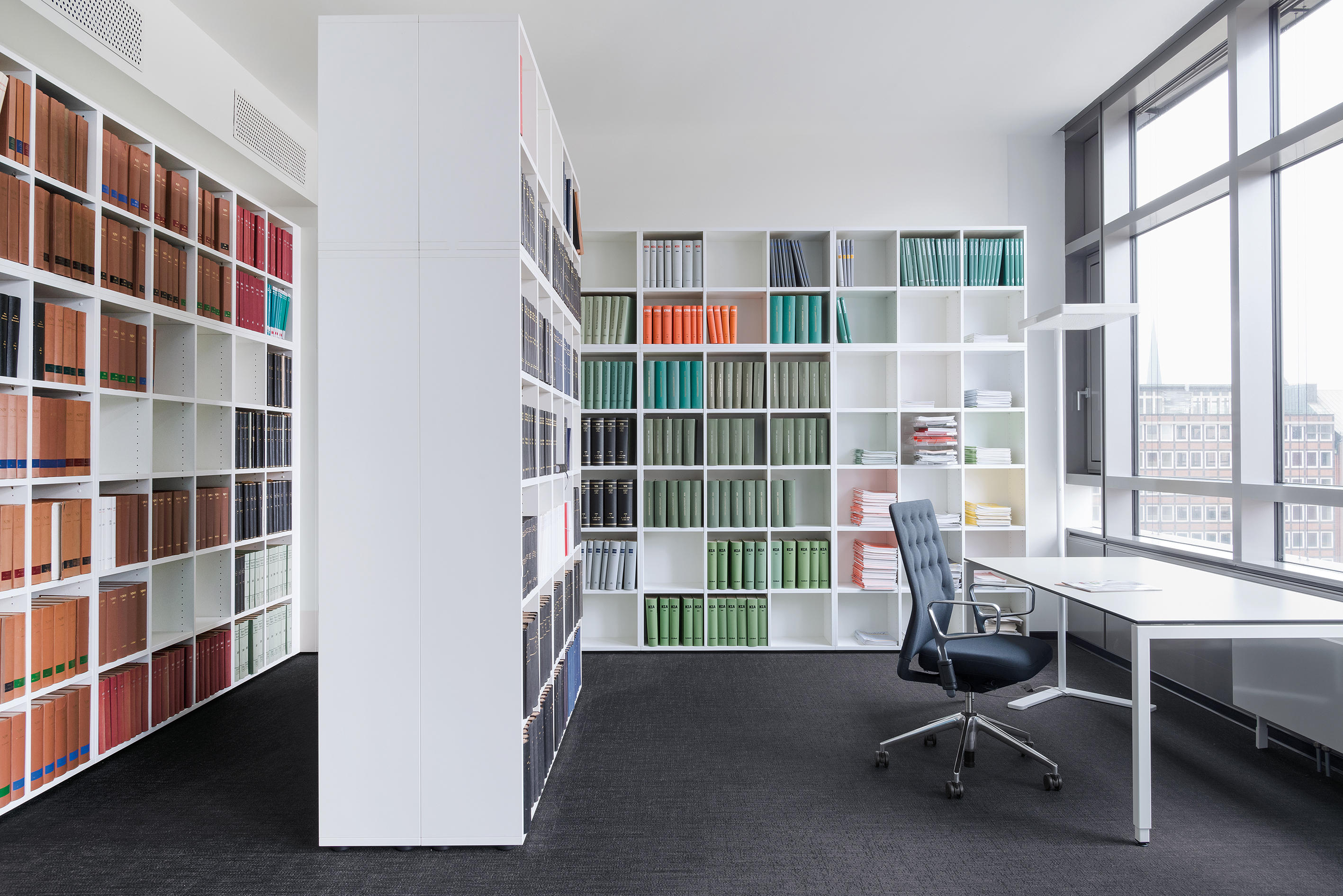 BASIC S SHELF SYSTEM - Shelving systems from werner works | Architonic