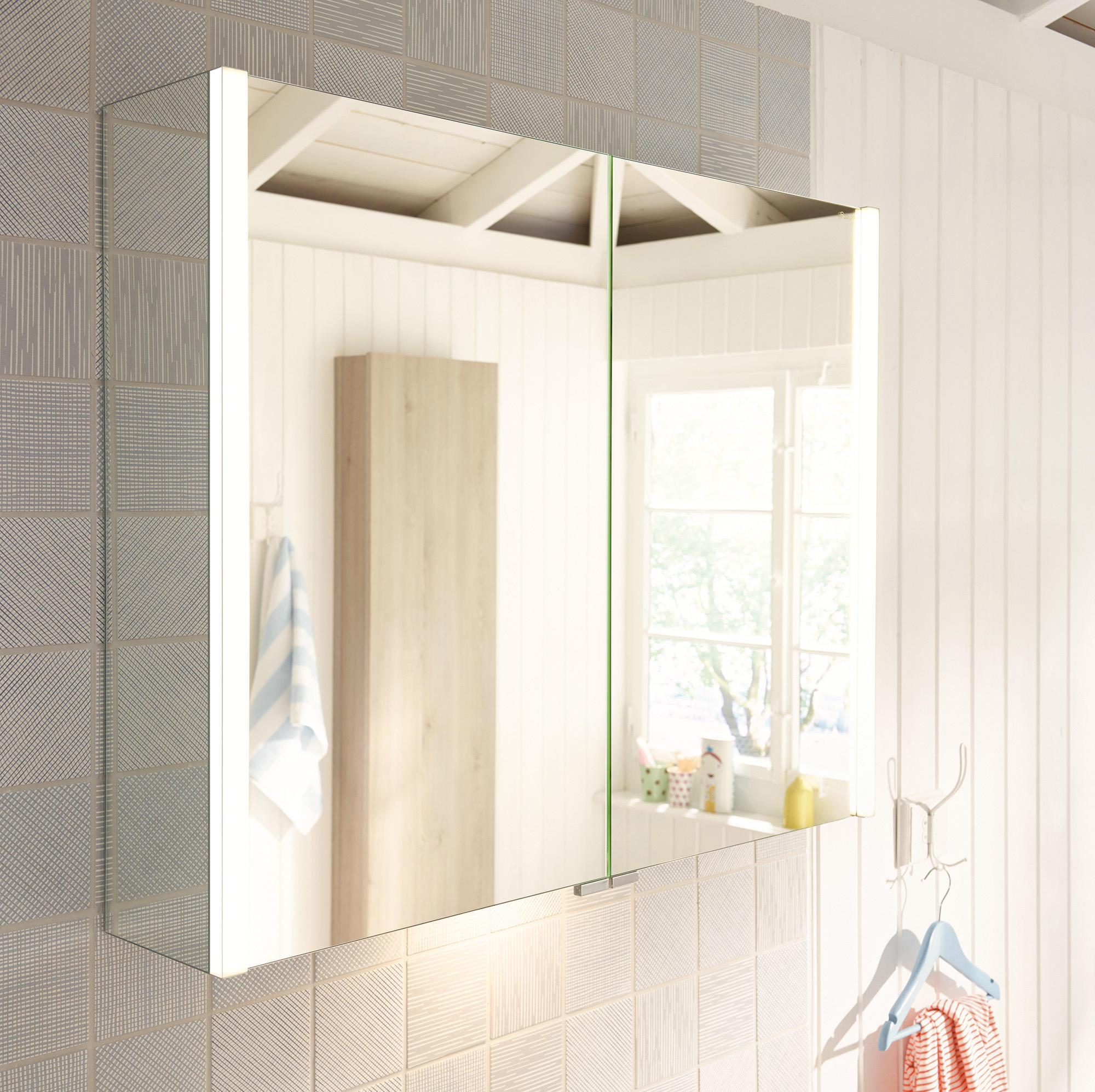 bel spiegelschrank mit vertikaler led beleuchtung und waschtischbeleuchtung spiegelschr nke. Black Bedroom Furniture Sets. Home Design Ideas