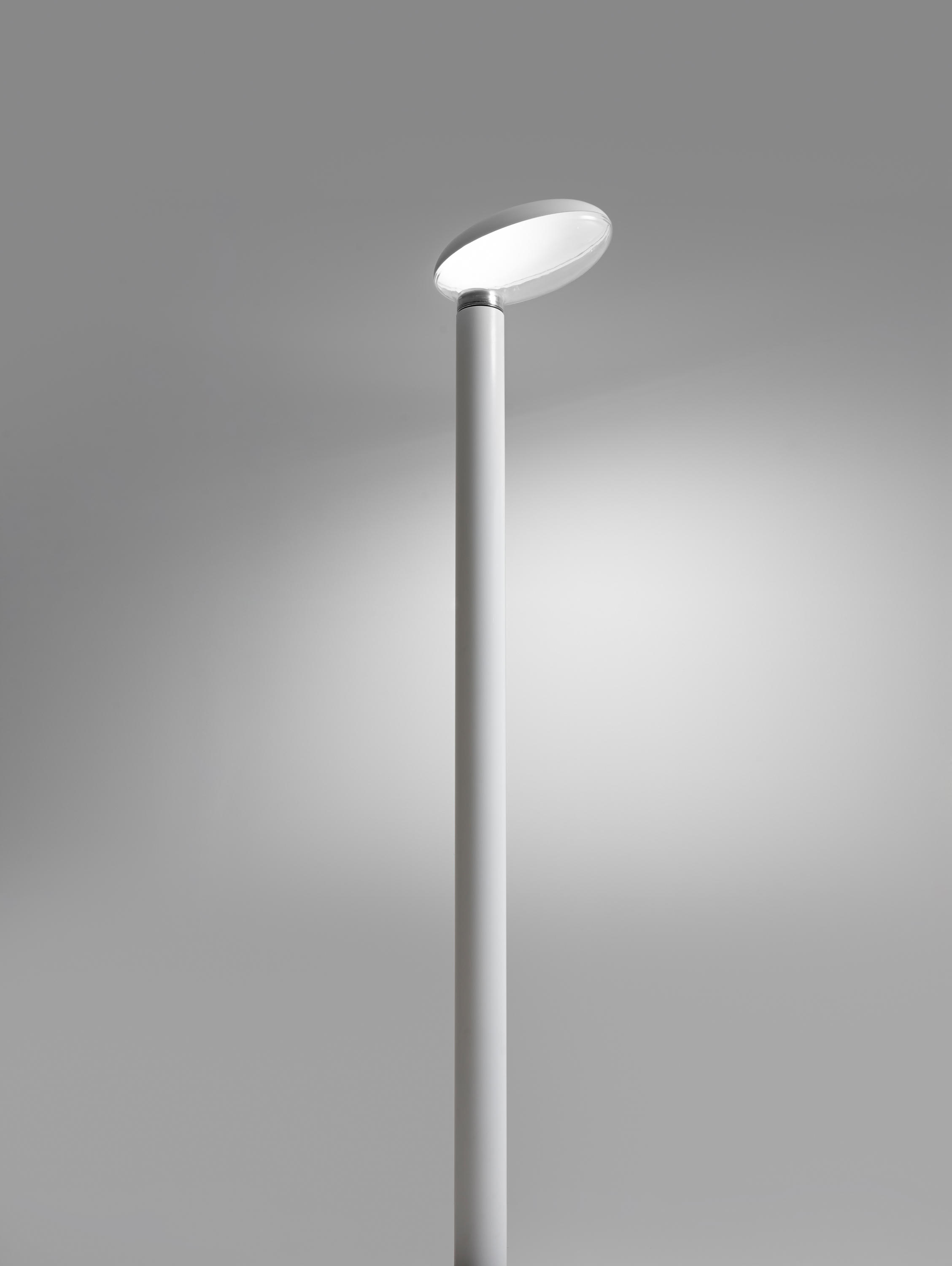 Poto Street Lights From Artemide Architectural Architonic