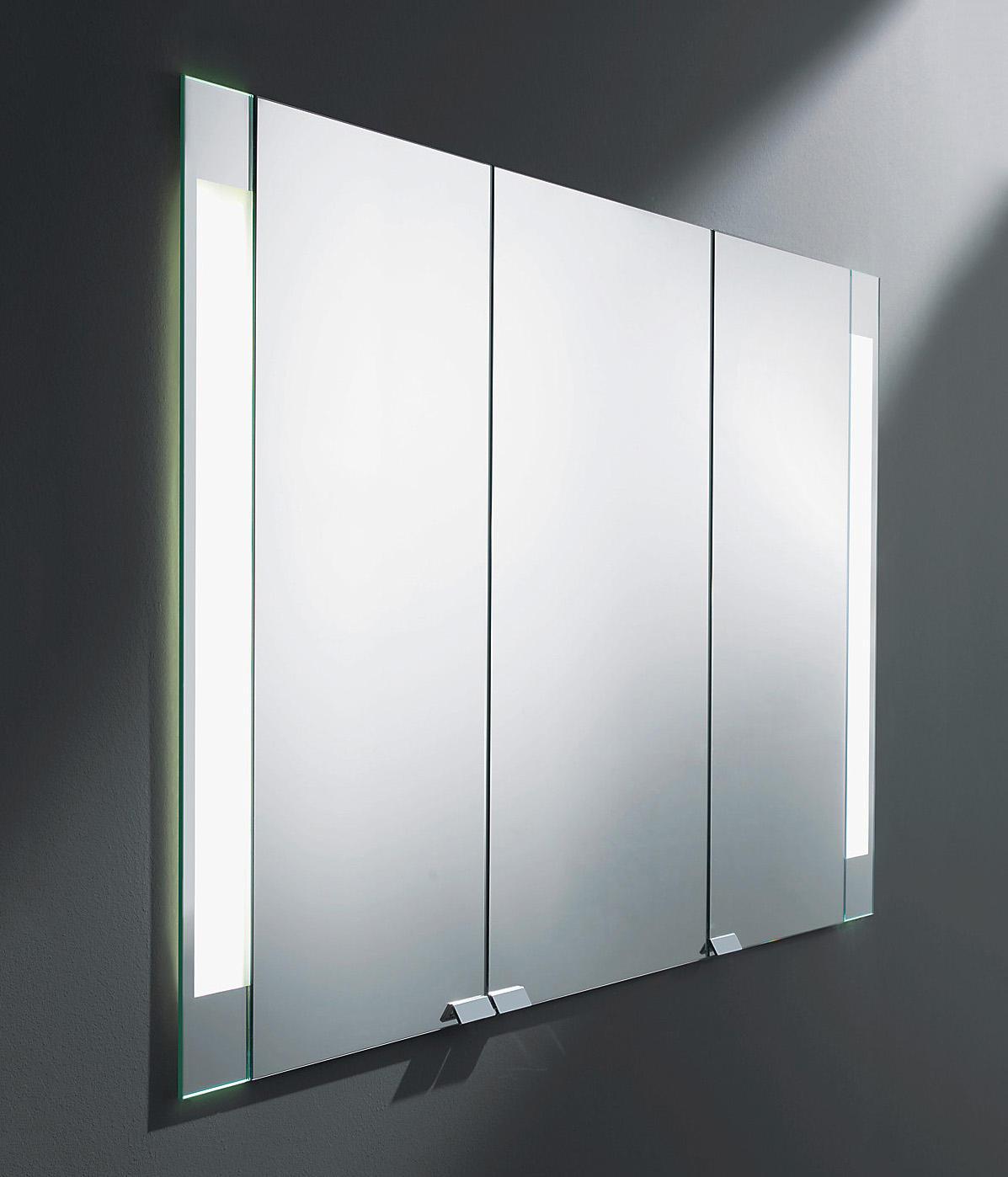 Rc40 armoire de toilette avec clairage led vertical for Armoire de toilette miroir avec eclairage