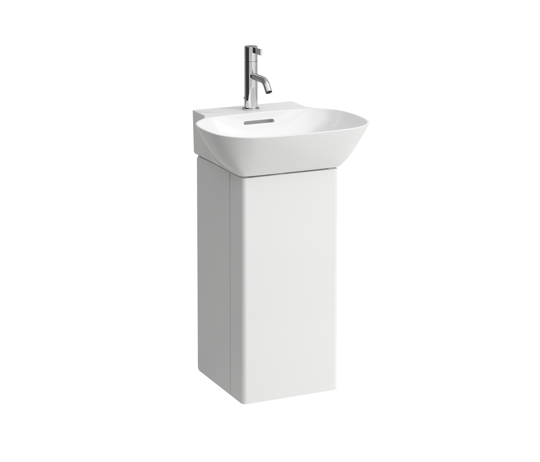 Bathroom Accessories B And Q: Cooke lewis nadina quadrant shower ...