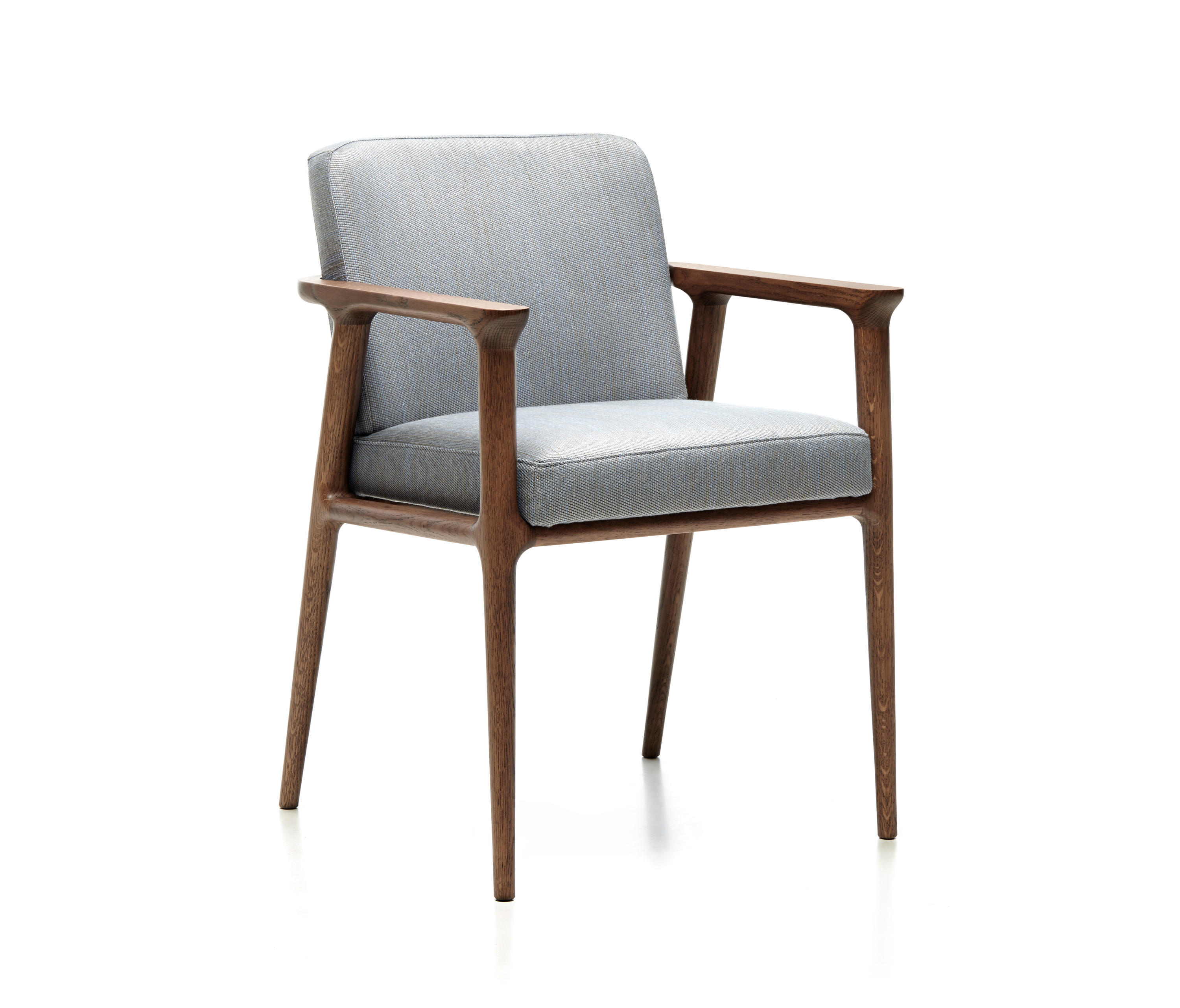 Zio dining chair restaurant chairs from moooi architonic for Restaurant furniture