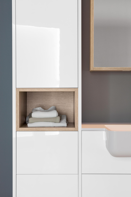 Kami composition 13 armarios de ba o de mastella design architonic - Armarios de bano altos ...