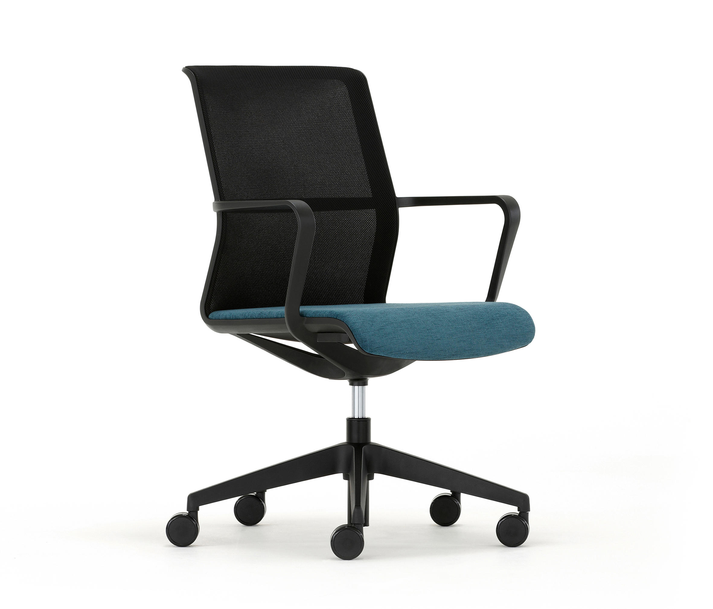 Circo Cr2 Task Chairs From Senator Architonic