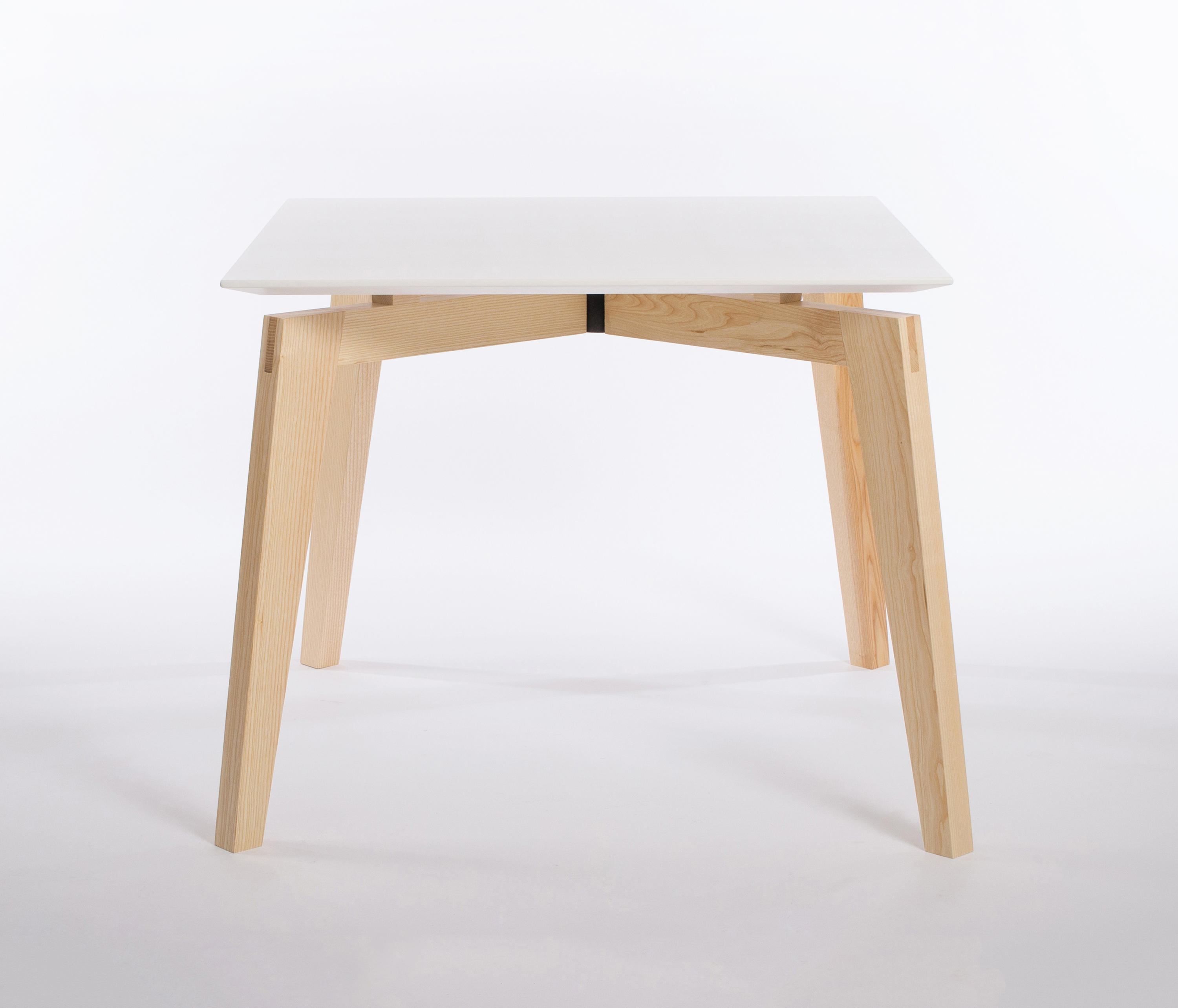 Private space dining table ash 90 meeting room tables for Table 52 private dining