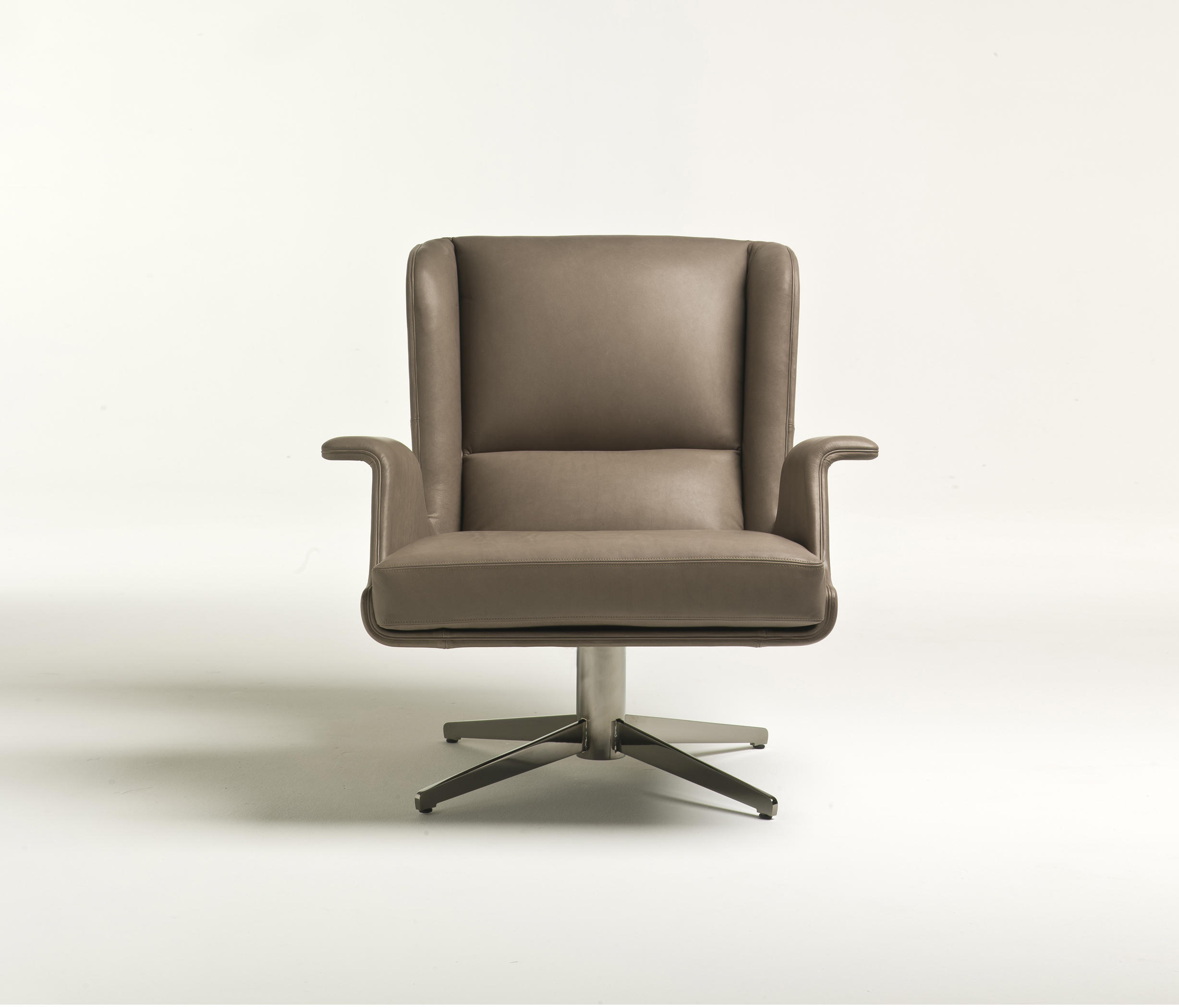 Garbo armchairs from i 4 mariani architonic for I 4 mariani