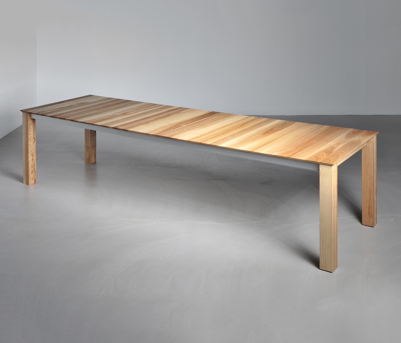 Slim butterfly tisch restauranttische von vitamin design for Tisch bild von ivy design