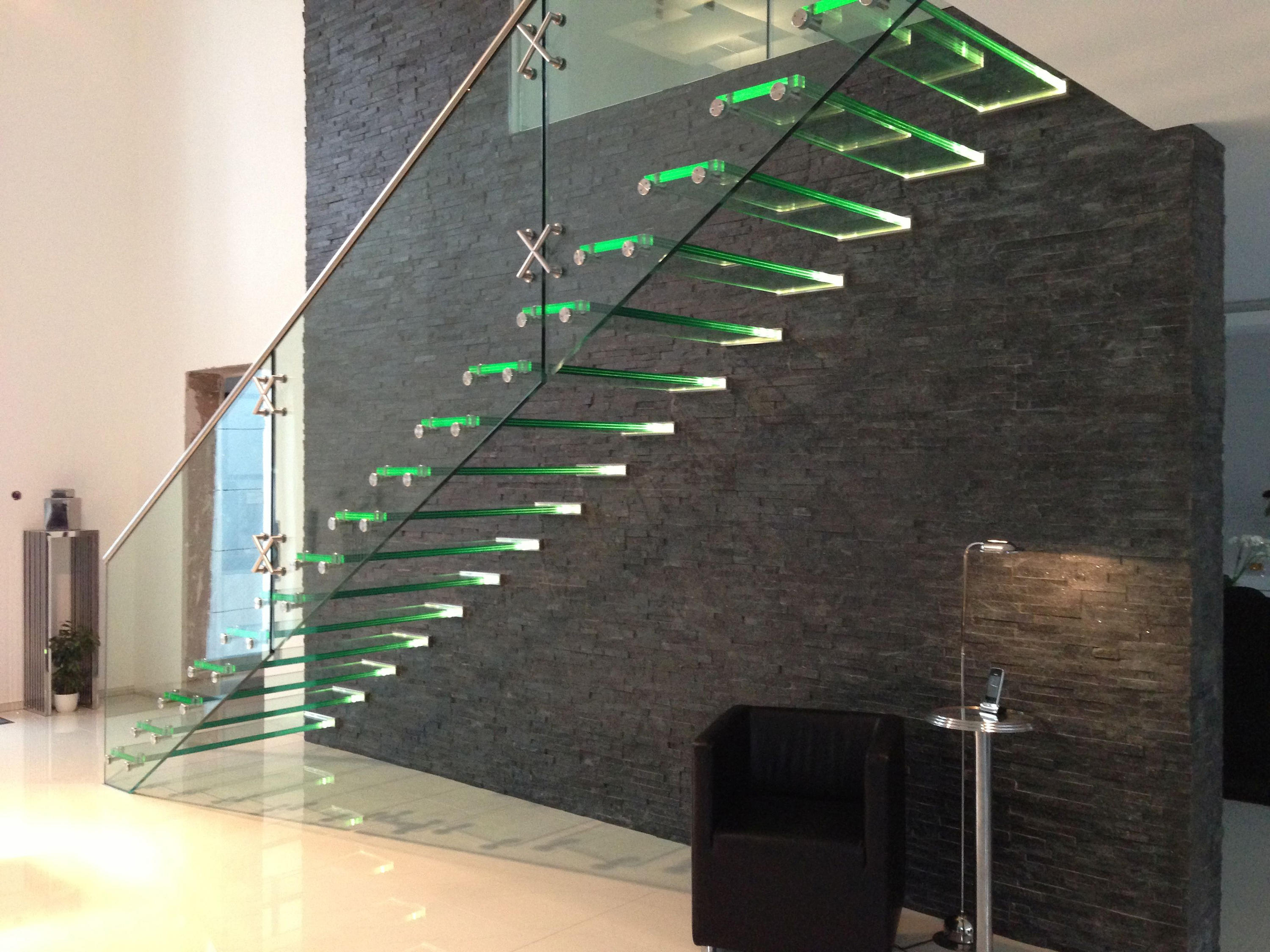 mistral all glass glass stairs from siller treppen. Black Bedroom Furniture Sets. Home Design Ideas