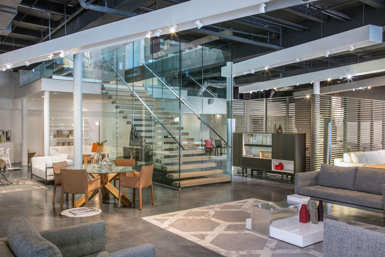 treppe mit glaswand mistral glastreppen von siller treppen architonic. Black Bedroom Furniture Sets. Home Design Ideas