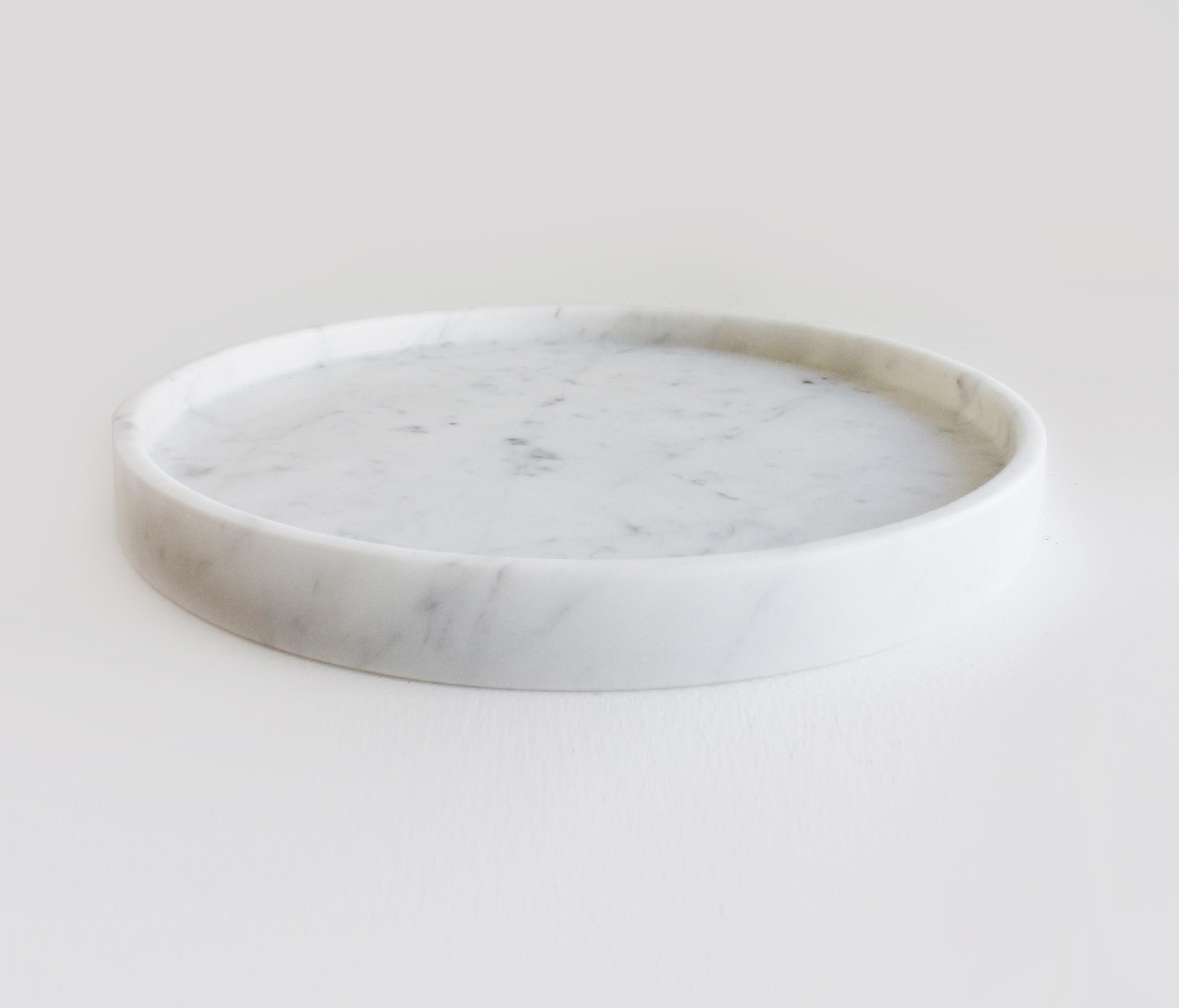 Oliver Marble Round Tray Trays From Evie Group Architonic
