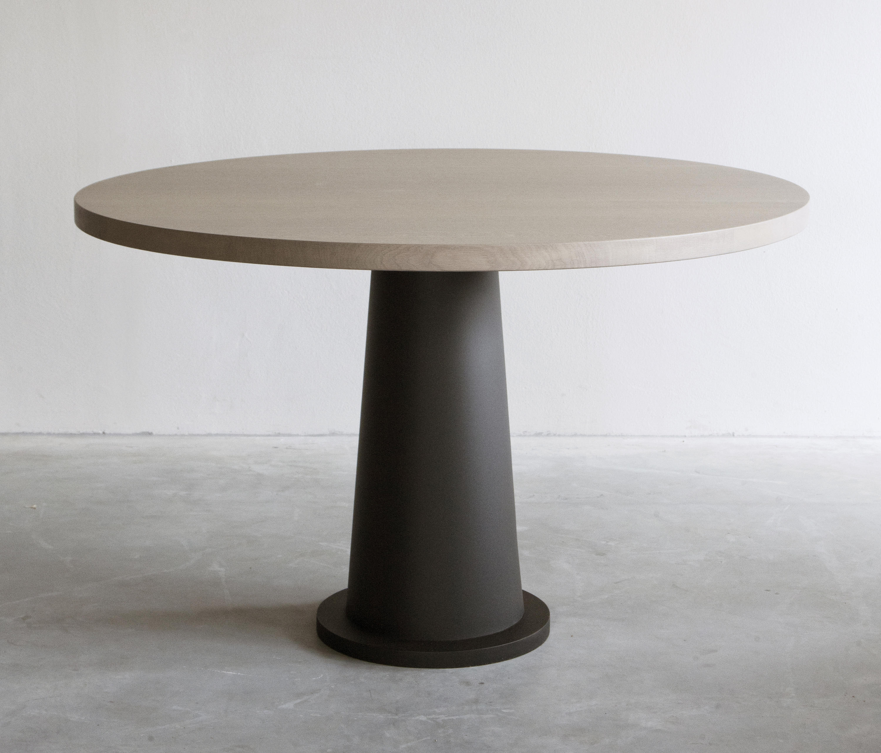 Kops dining table round metal base dining tables from for Dining table base