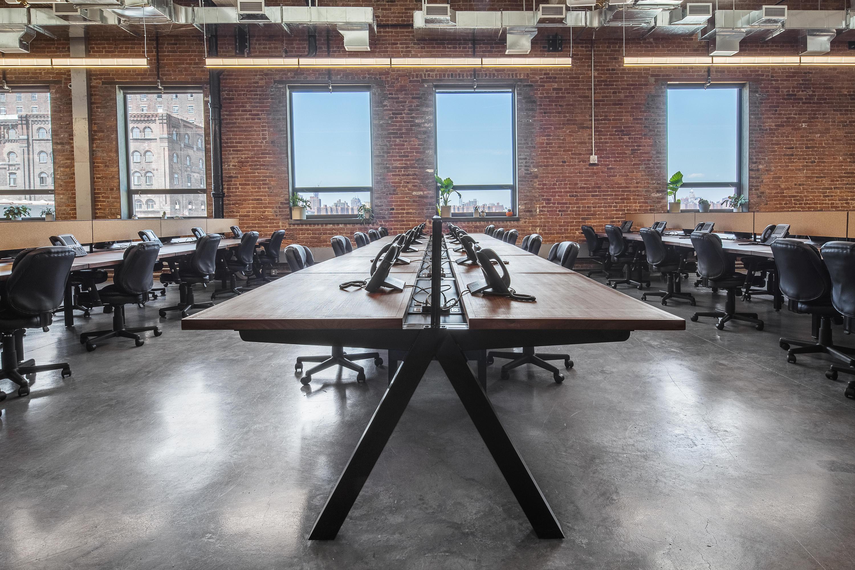 Architonic & ESSENTIALS WORKPLACE SYSTEM - Desks from Uhuru Design ...