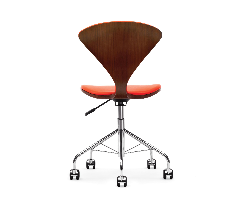 Cherner task chair chaises de travail de cherner for Chaise de travail