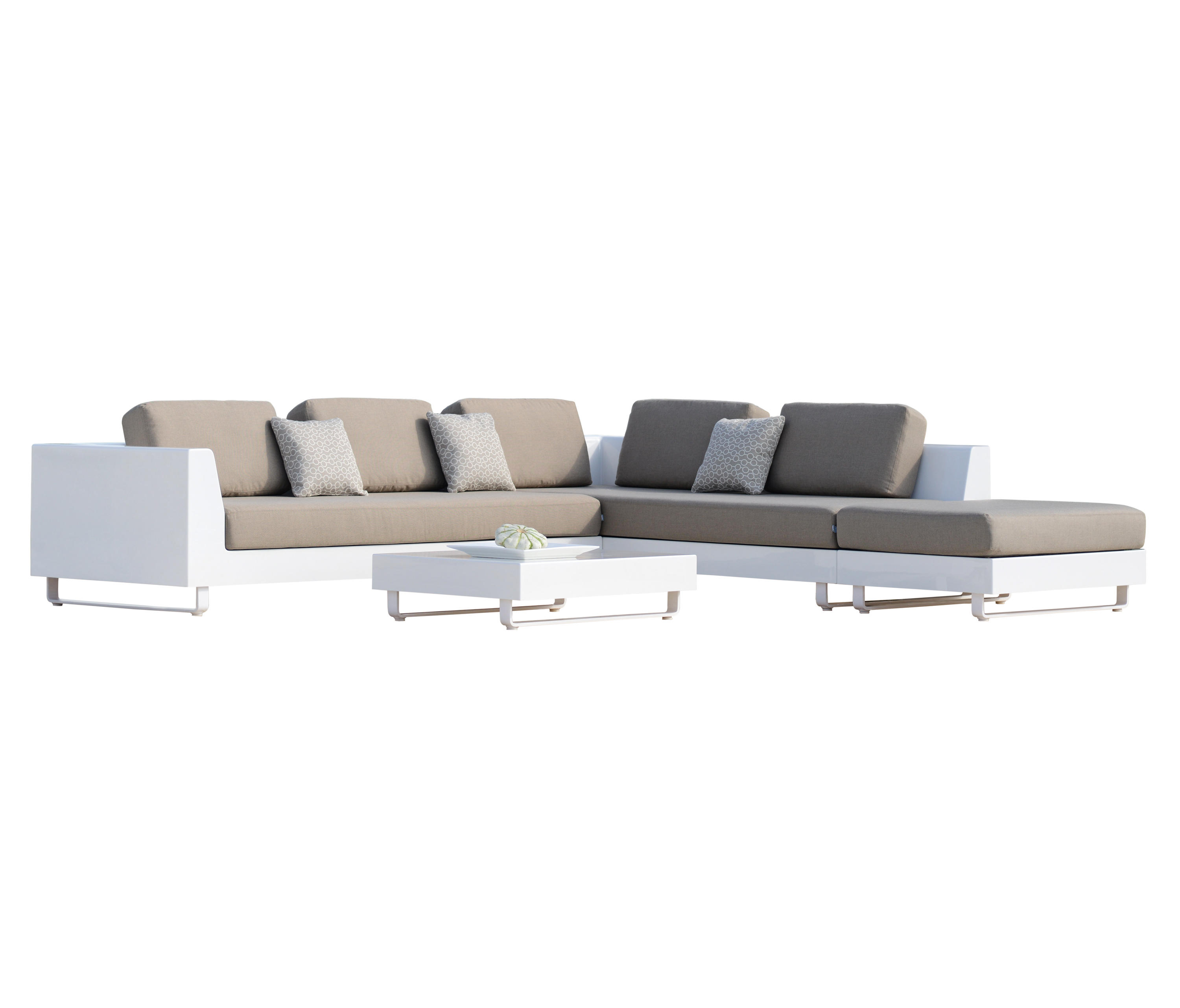 luxury combination garden sofas from rausch classics. Black Bedroom Furniture Sets. Home Design Ideas
