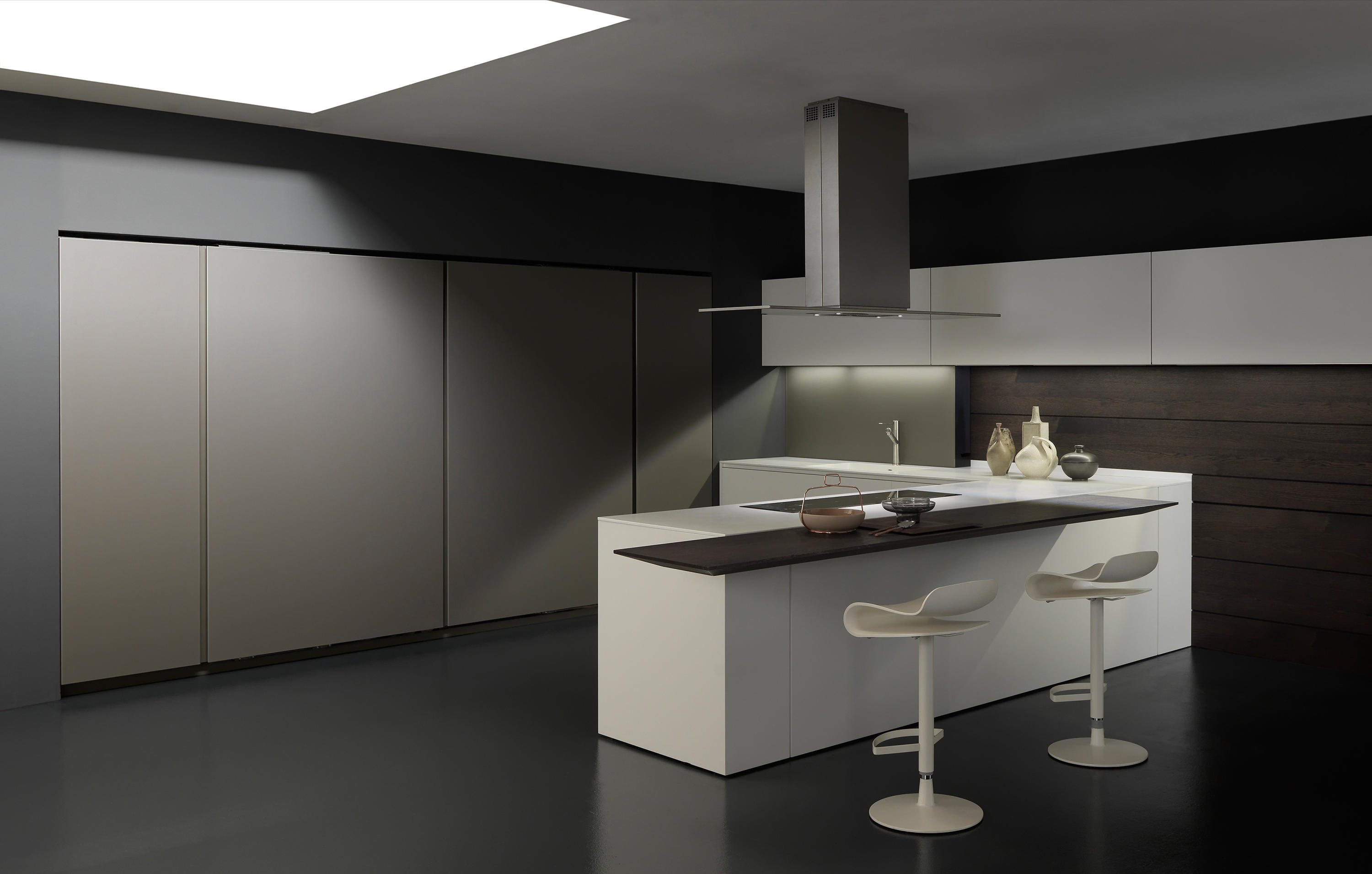 Light 1 white corner arrangement fitted kitchens from for Cucina light