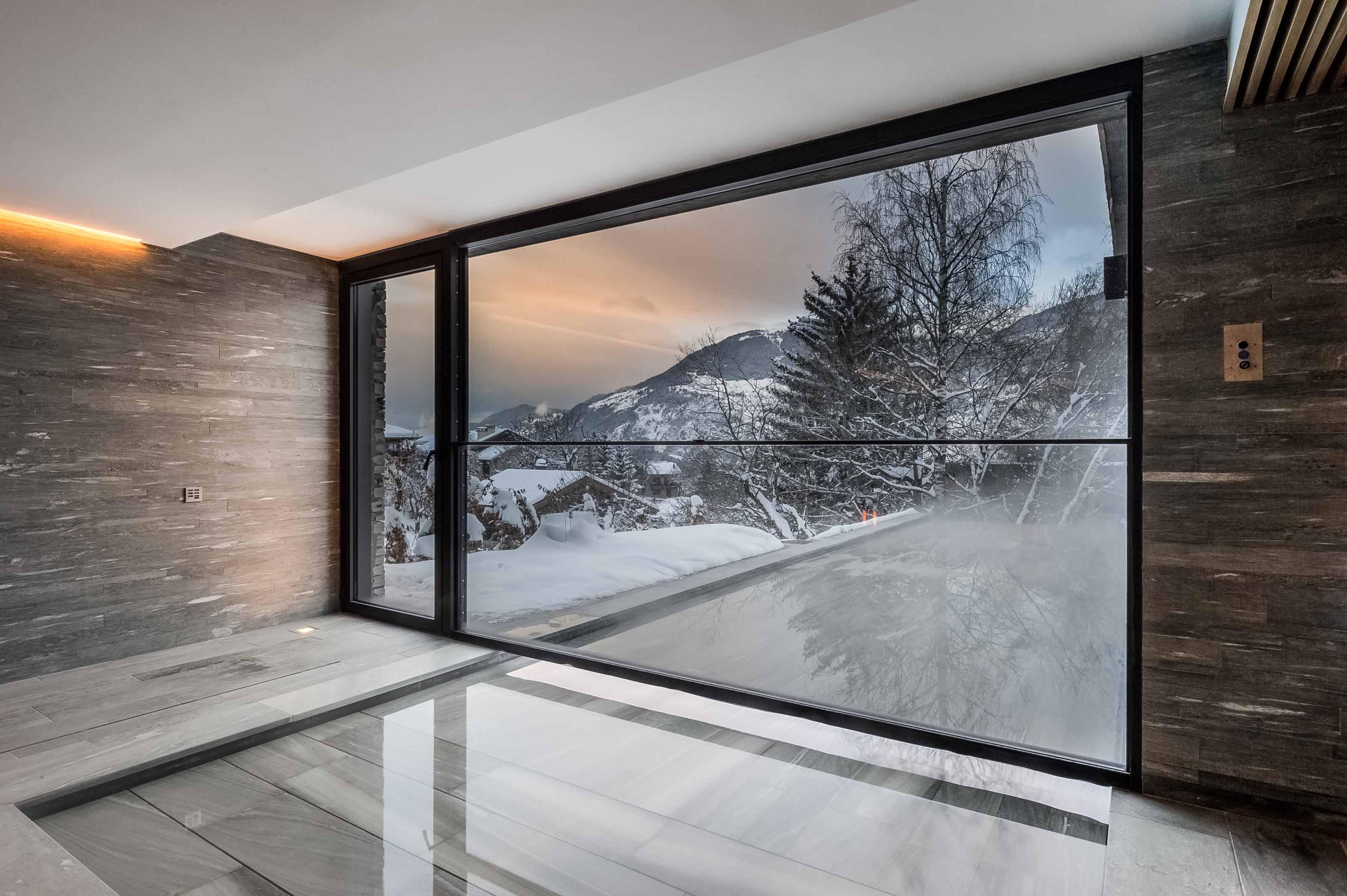 th guillotine window systems from vitrocsa architonic. Black Bedroom Furniture Sets. Home Design Ideas