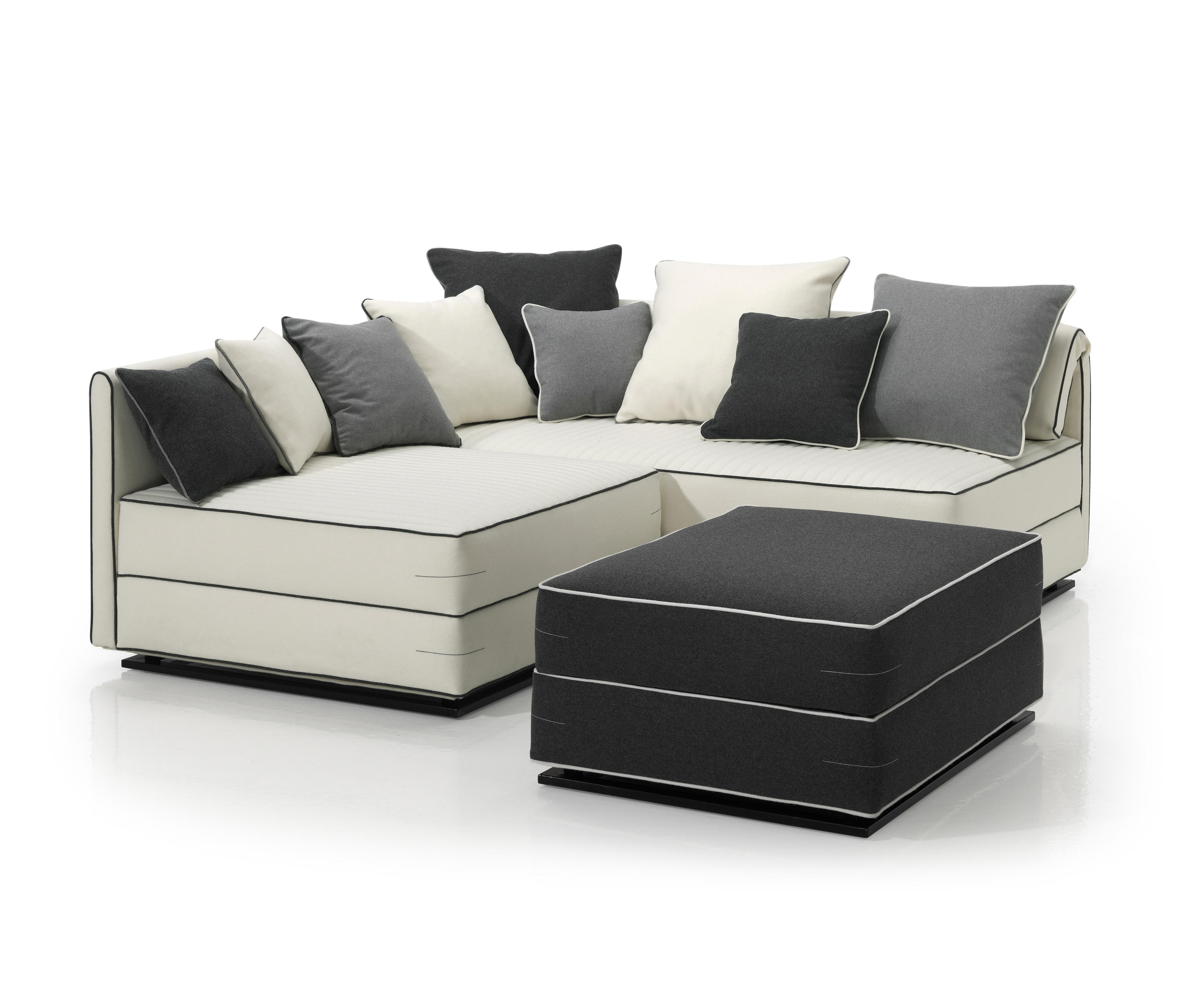 Zaniah sofa beds from ecus architonic for Sofa cama 135 ancho