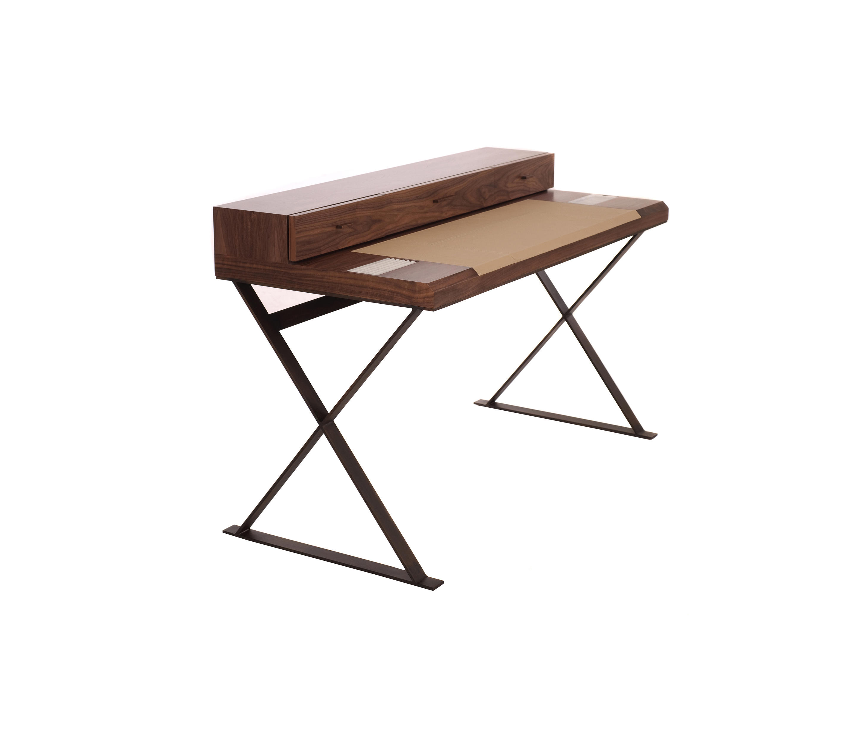 hemingway table schreibtische von paulo antunes architonic. Black Bedroom Furniture Sets. Home Design Ideas