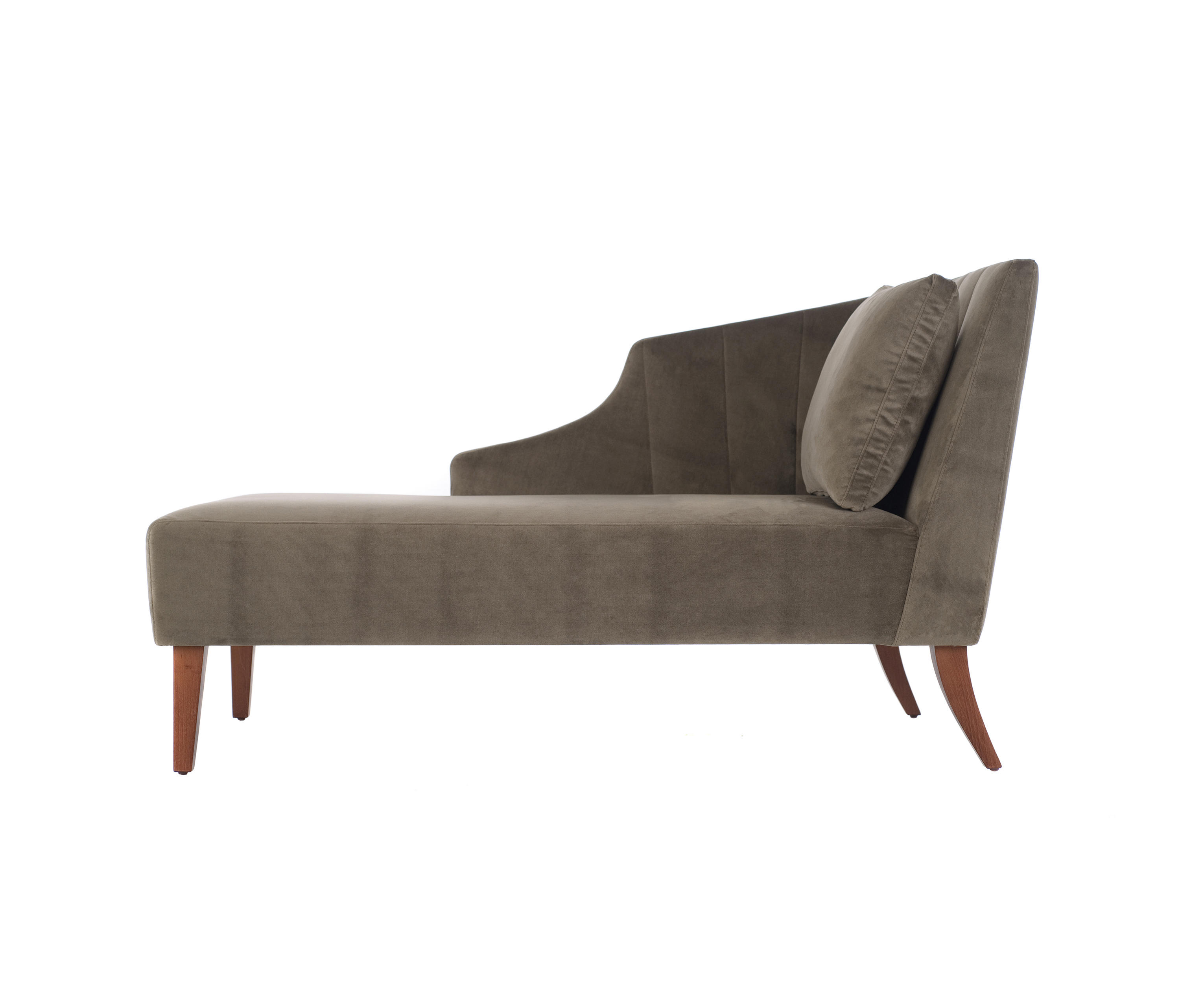 Aspen chaise longue recamieres from paulo antunes for Chaise urban ikea