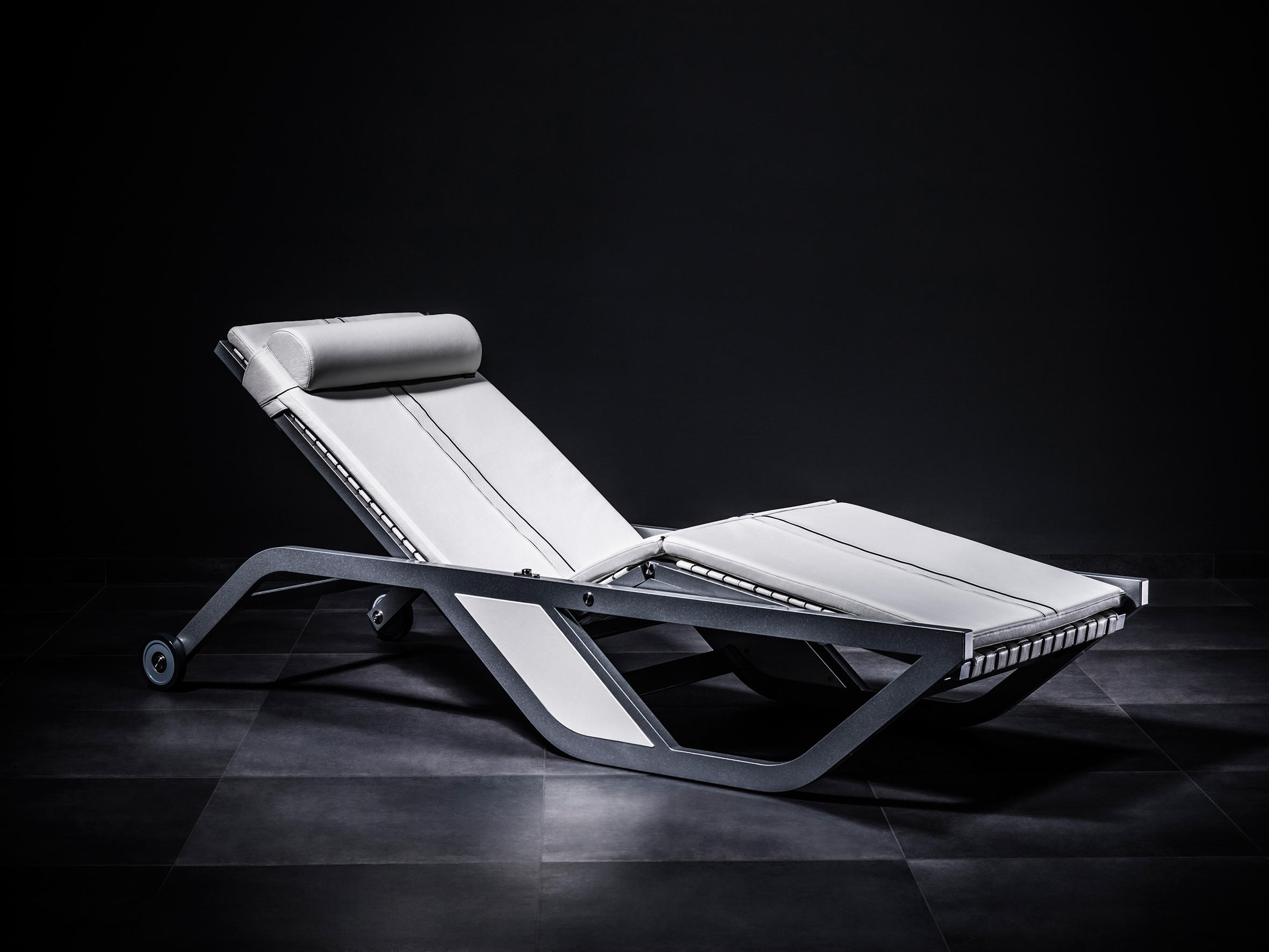 XTREME Liege By BOXMARK Leather GmbH U0026 Co KG | Sun Loungers
