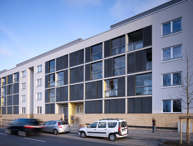 balkonverglasung sl 25 balkonverglasung von solarlux. Black Bedroom Furniture Sets. Home Design Ideas