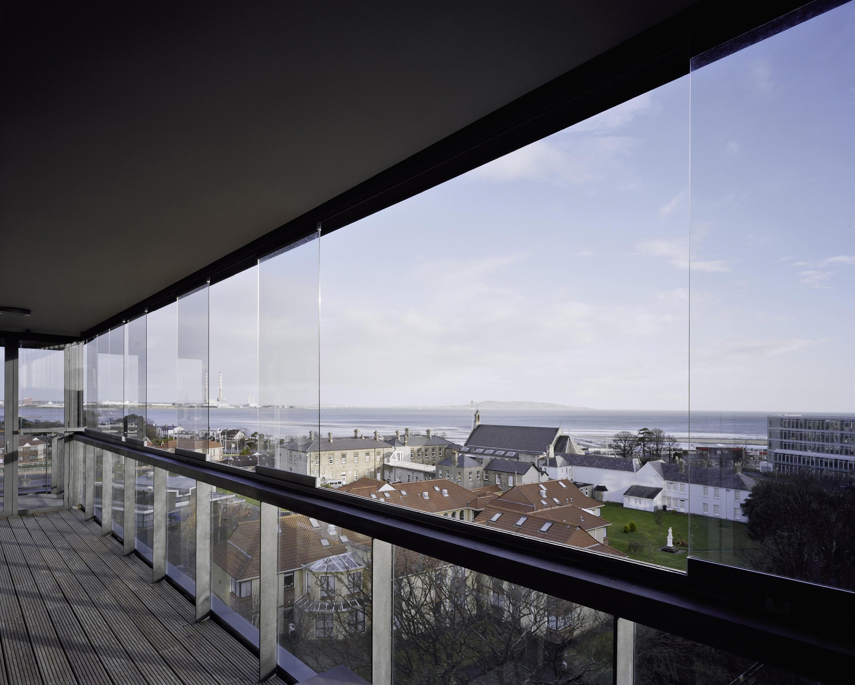 balcony glasing sl 25 cerramientos para terrazas. Black Bedroom Furniture Sets. Home Design Ideas