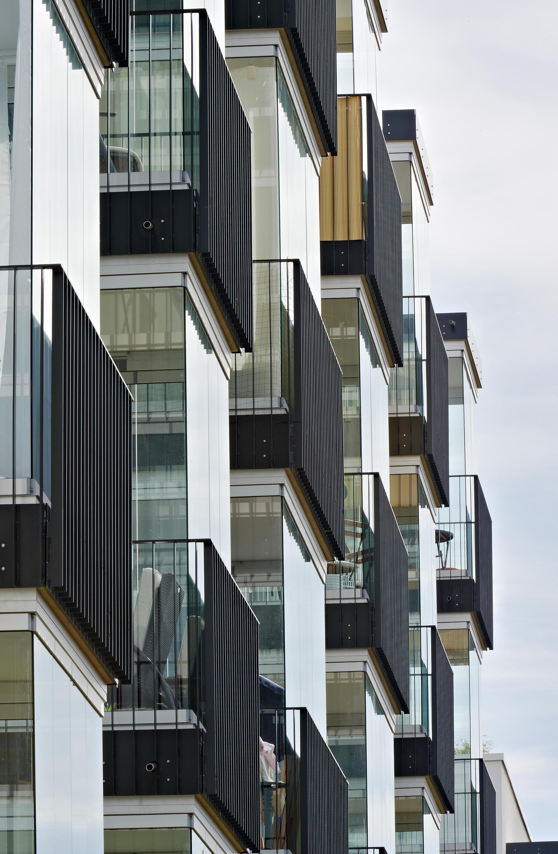 balcony glasing sl 25 xxl balcony glazing from solarlux. Black Bedroom Furniture Sets. Home Design Ideas