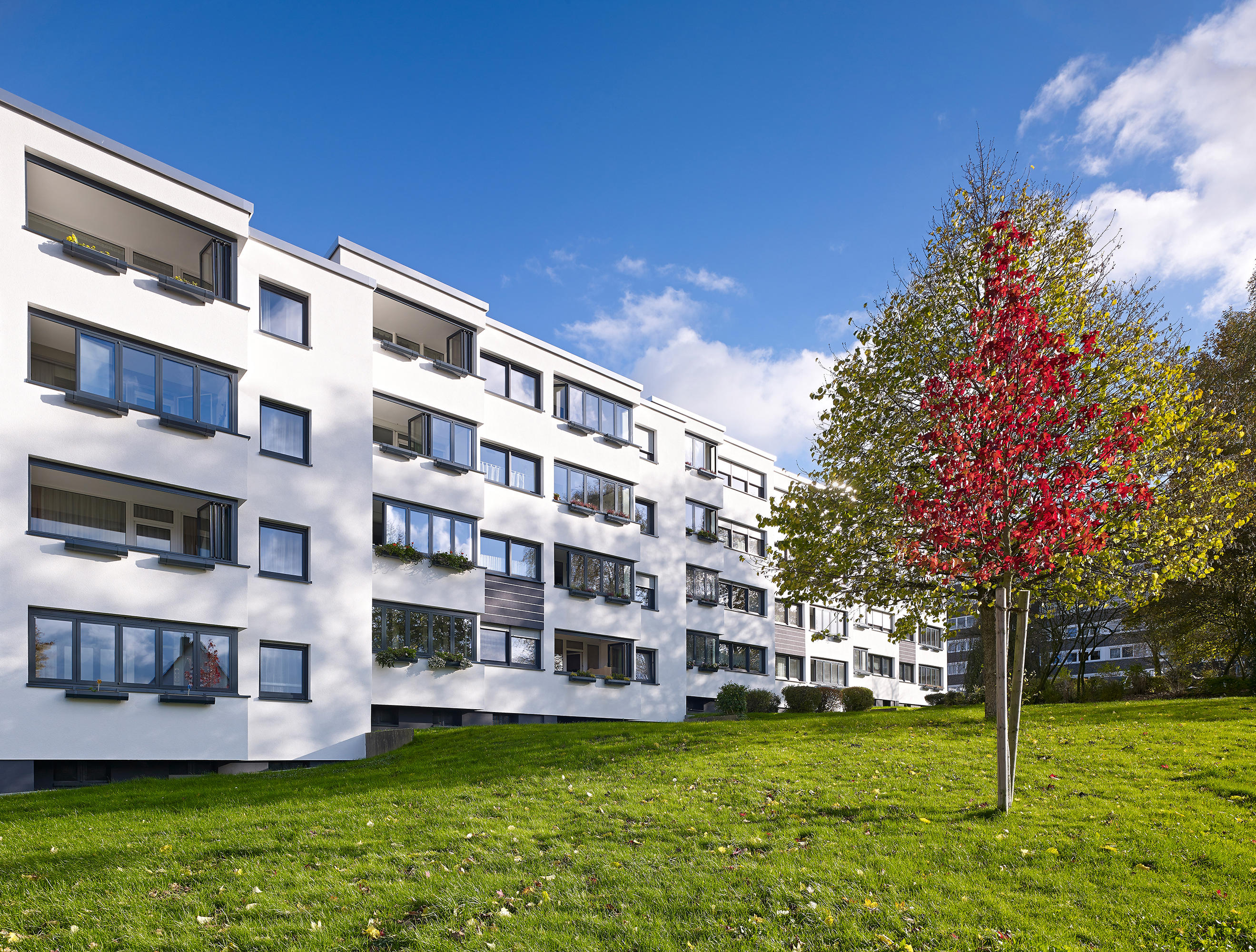 balkonverglasung sl modular w rmeged mmt balkonverglasung von solarlux architonic. Black Bedroom Furniture Sets. Home Design Ideas